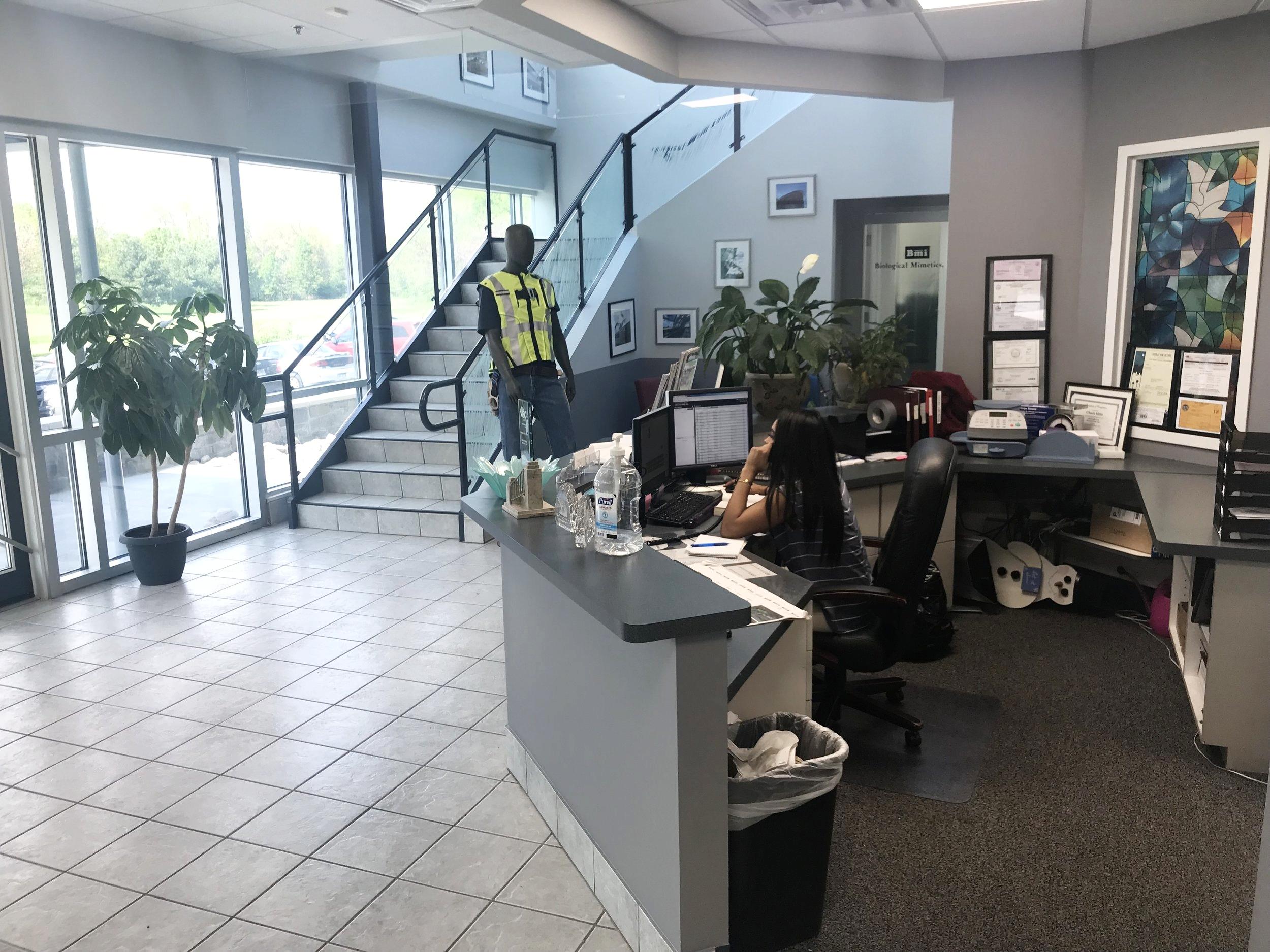 Custom Glass Services, Inc-Frederick, MD.jpg