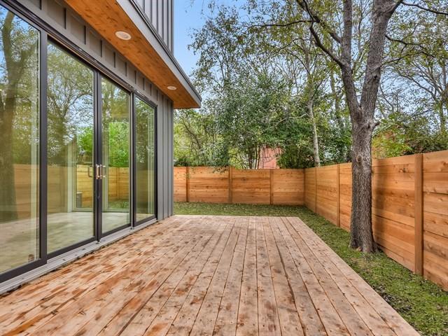 016_Deck-Side Yard.jpg