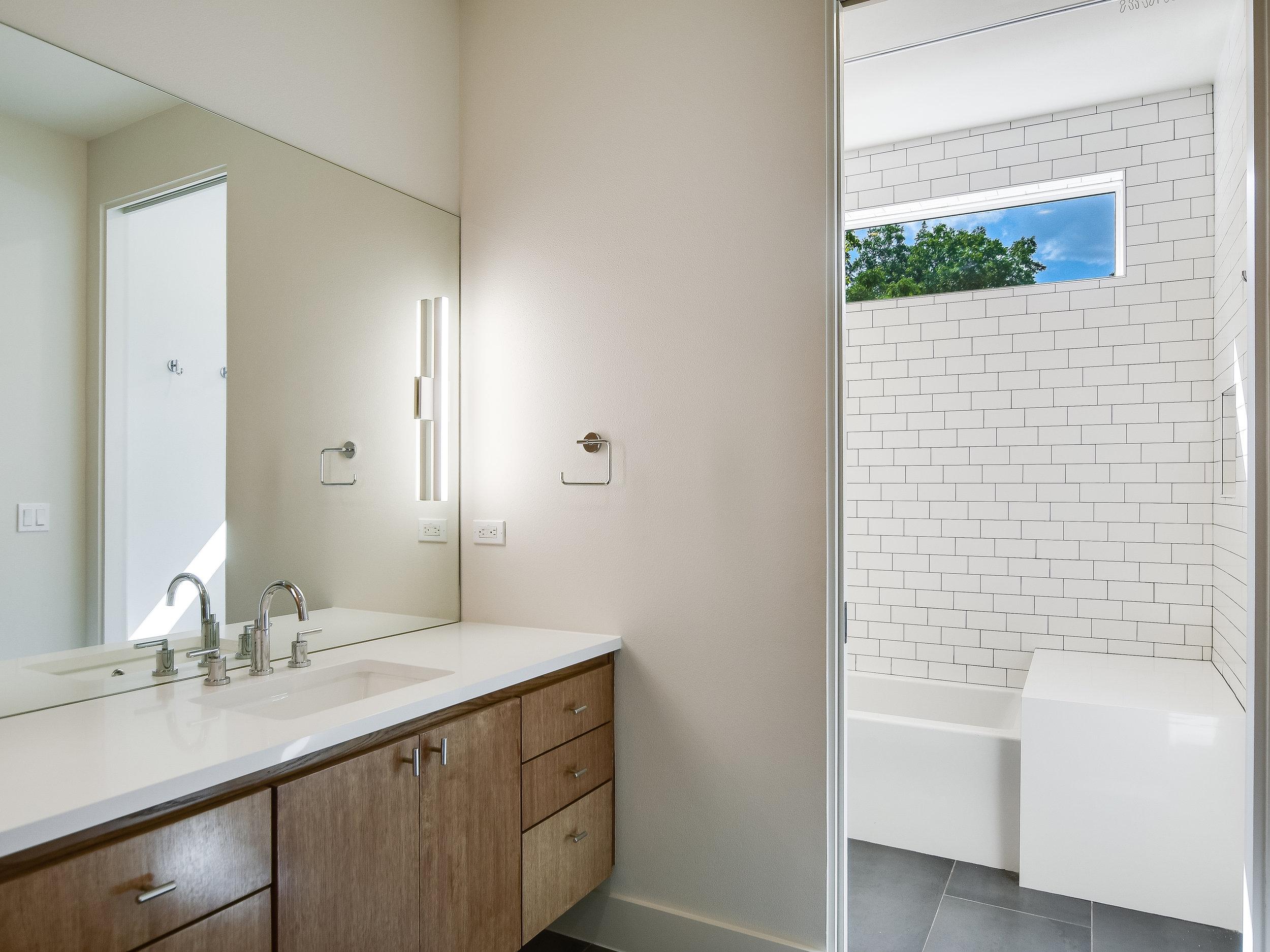 016_2nd Bathroom.jpg