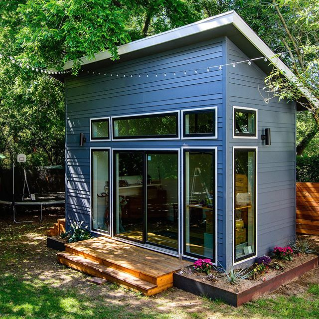 Hot weekends like this call for hiding in your she shed 😀🔥☀️ . . . #modern #modernfarmhouse #house #home #sheshed #weekend #weekendgetaway #weekendvibes #austin #austintexas #atx #blue