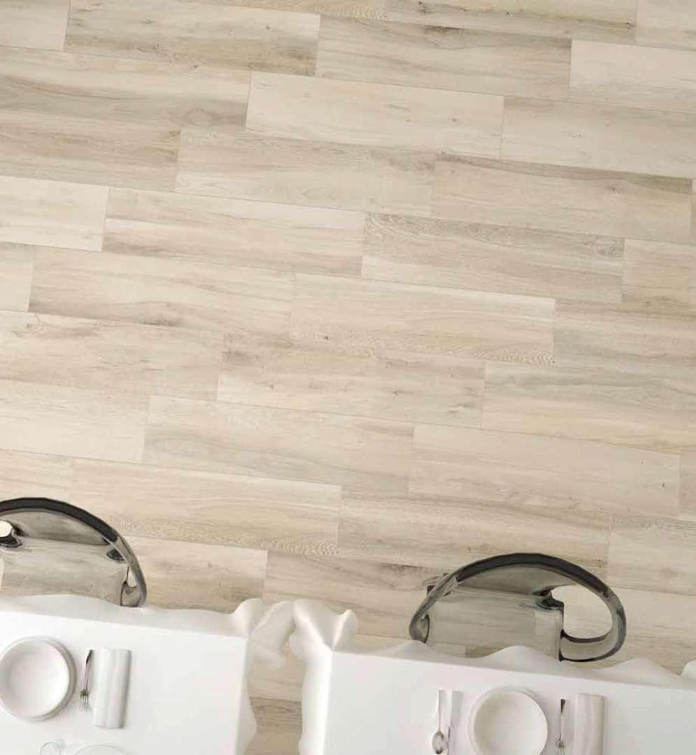 Laguna-Wood-Look-Floor-Wall-Tile-Scene-7.jpg