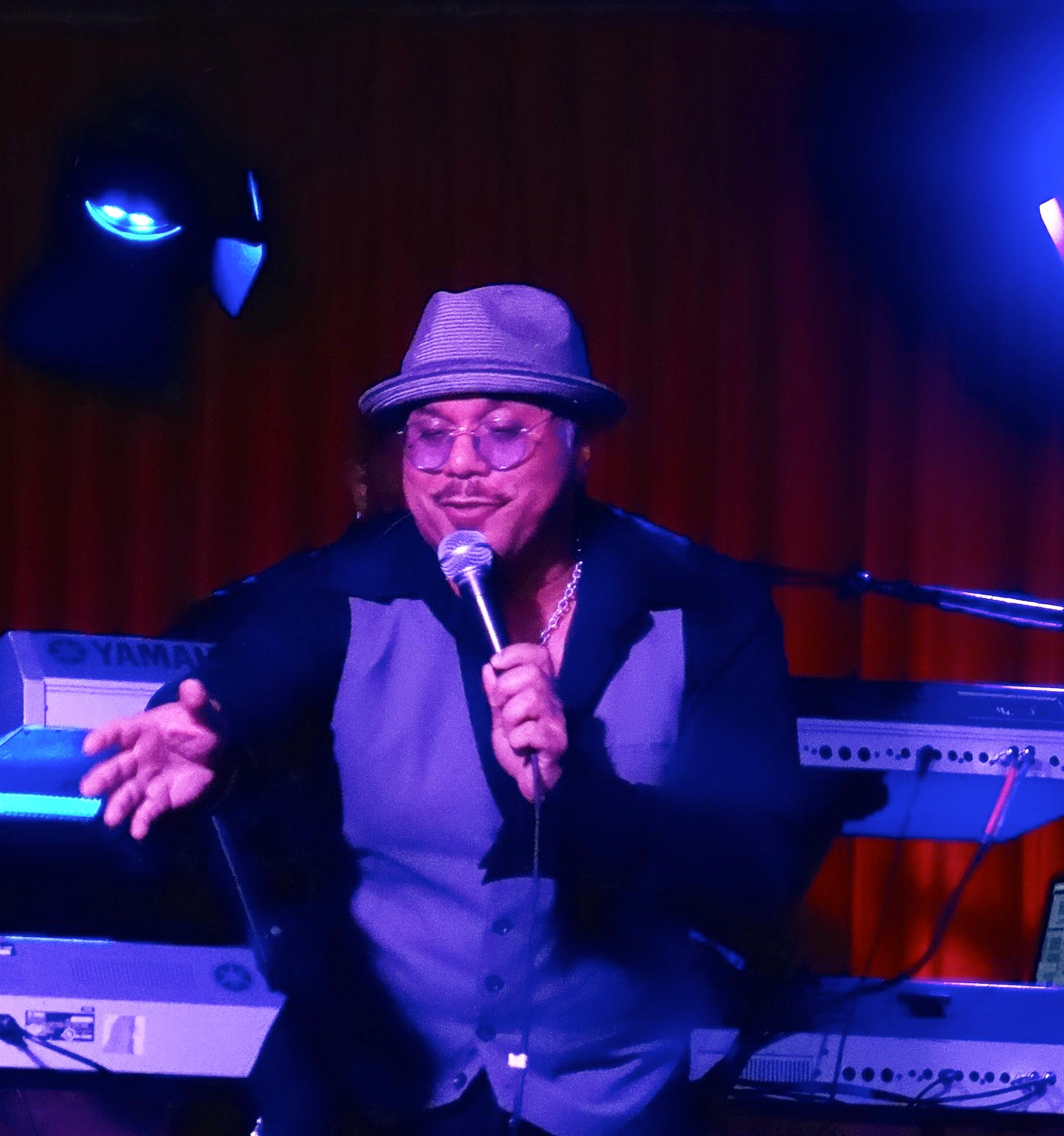 Howard Hewett live at Catalina Bar and Grill, December 2nd, 2015.