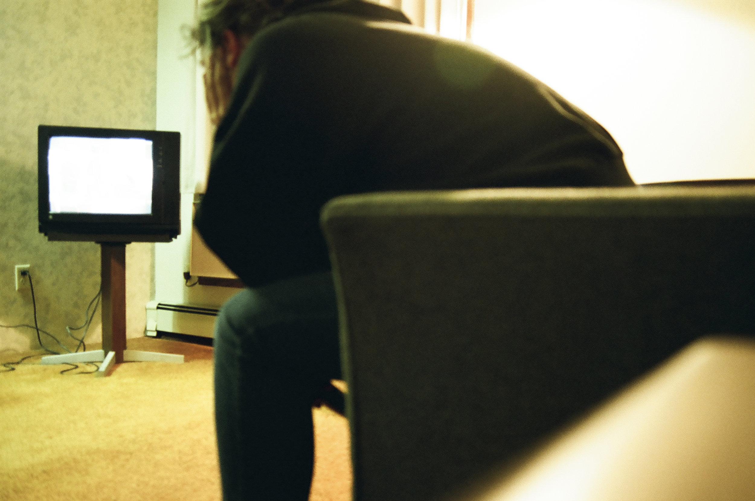 Pedestal TV