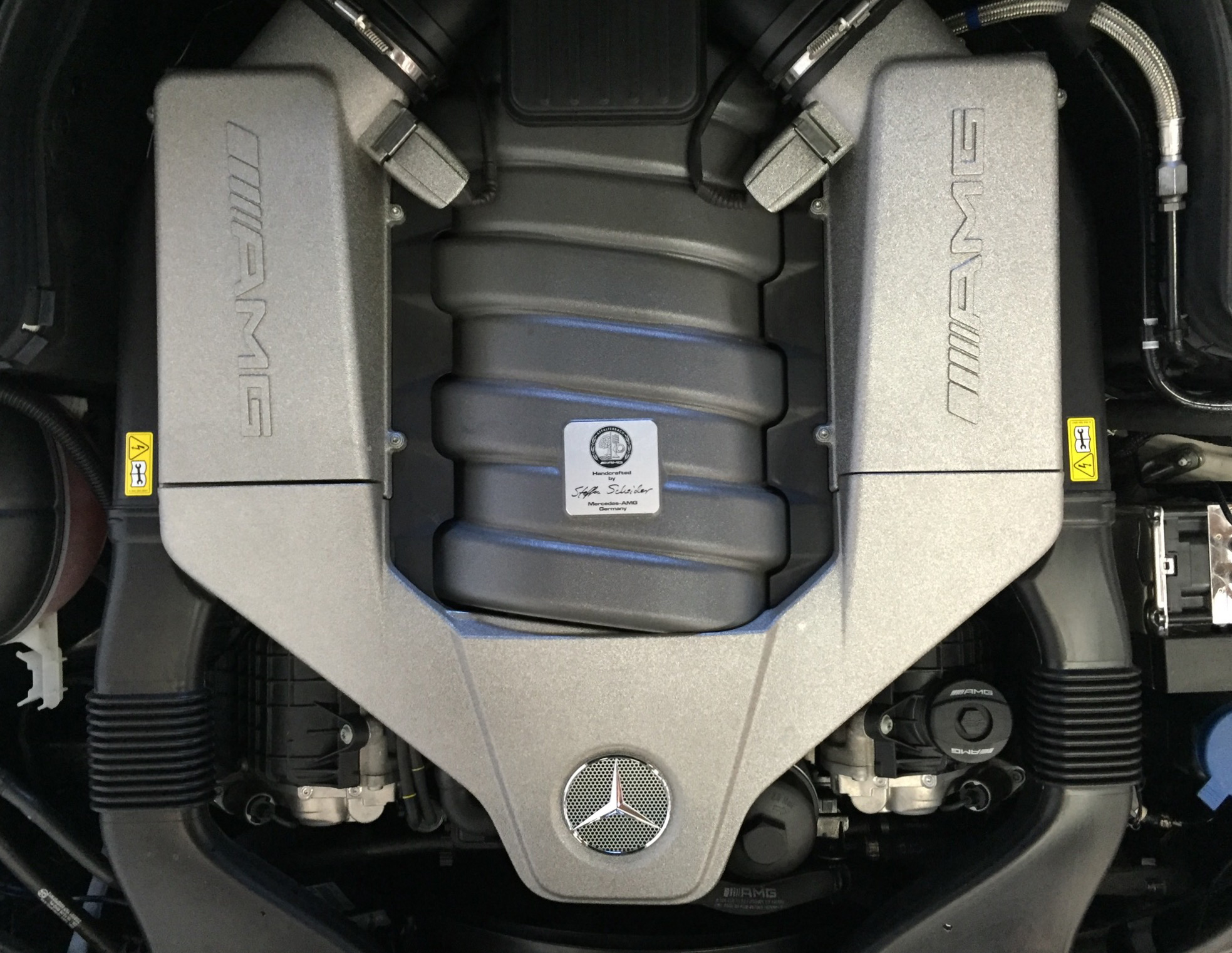 Botta Moto Works C63 AMG 507 Engine.jpg