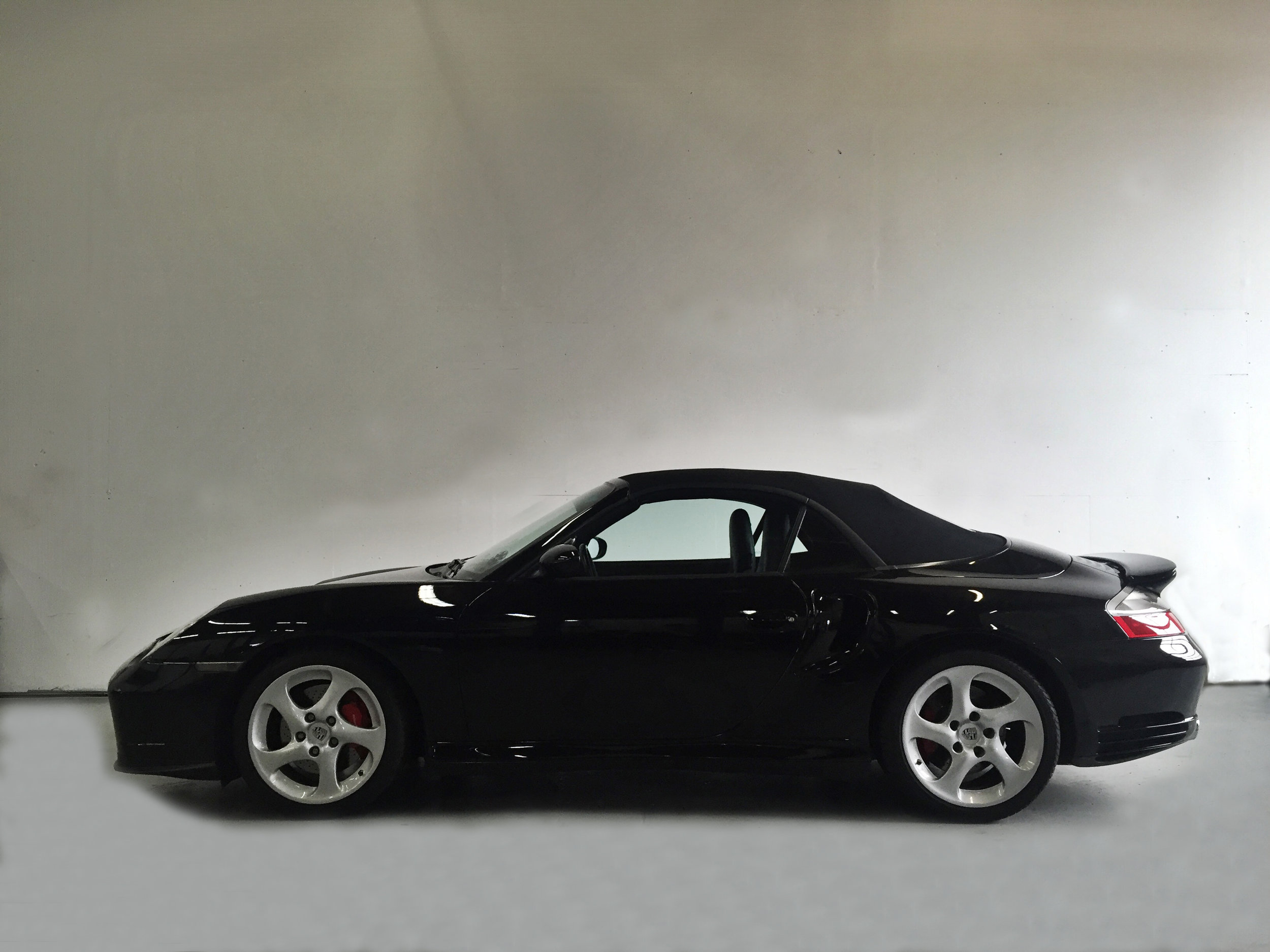 Botta Moto Works Porsche 996 Turbo Cab side 2.jpg