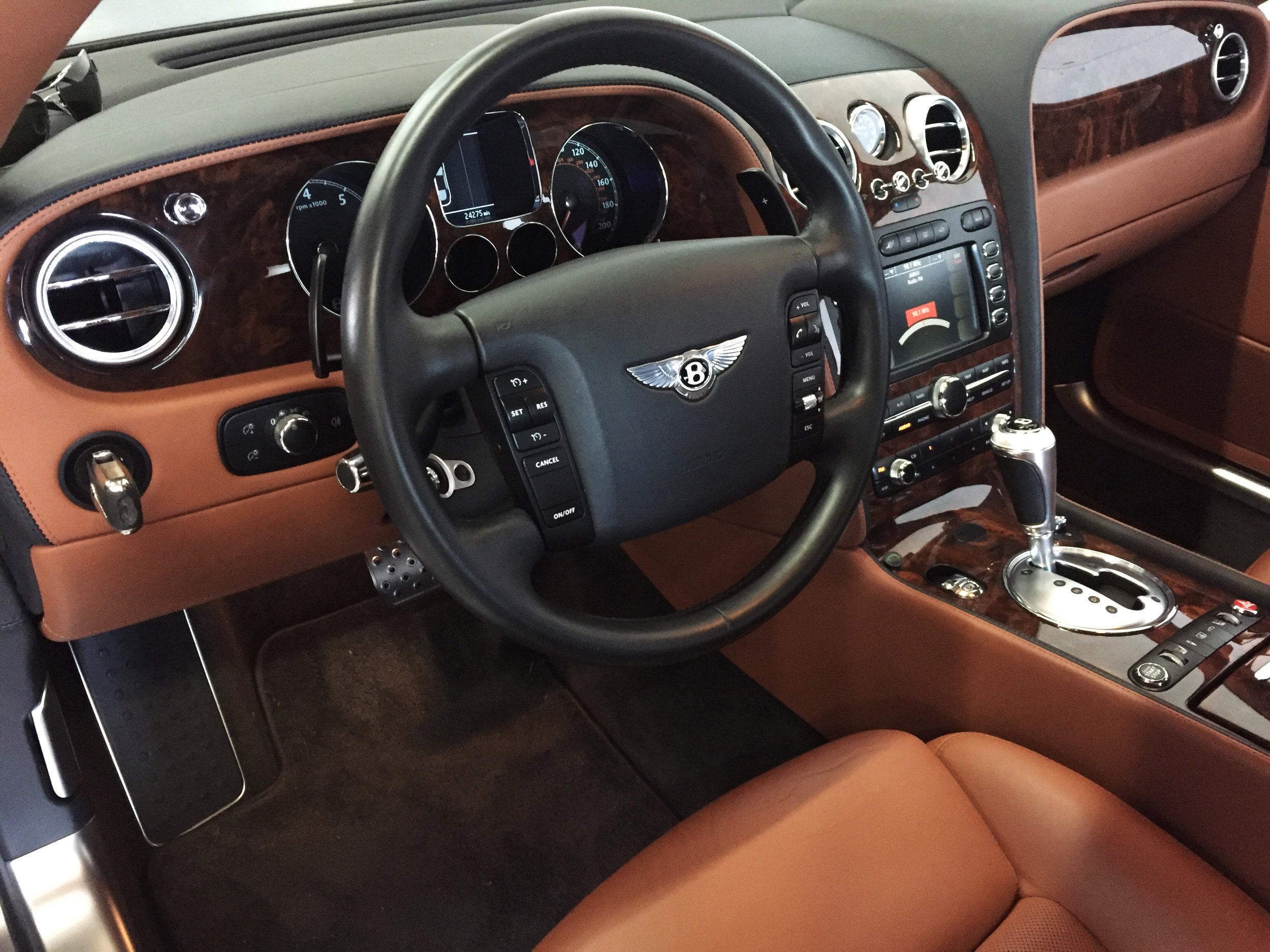 Botta Moto Works Bentley Interior 3.jpg