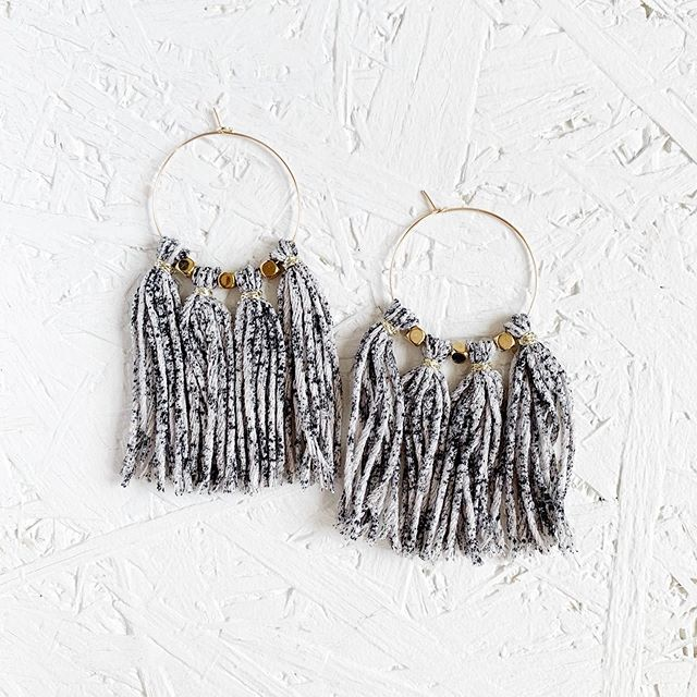 A beautiful painted linen hoop tassel, these really do add something special to any outfit and I love how they fray at the edges over time ✨ #ewjewellerydesign