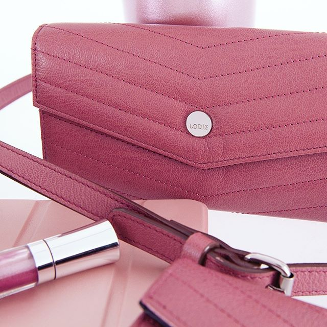 The Carmel Group is pink perfection 🌸 . . . #lodisla #lodis #pink #berry #rose #wallet #clutch #leather #accessories #rfid #rfidprotection #wallets #womens #fashion