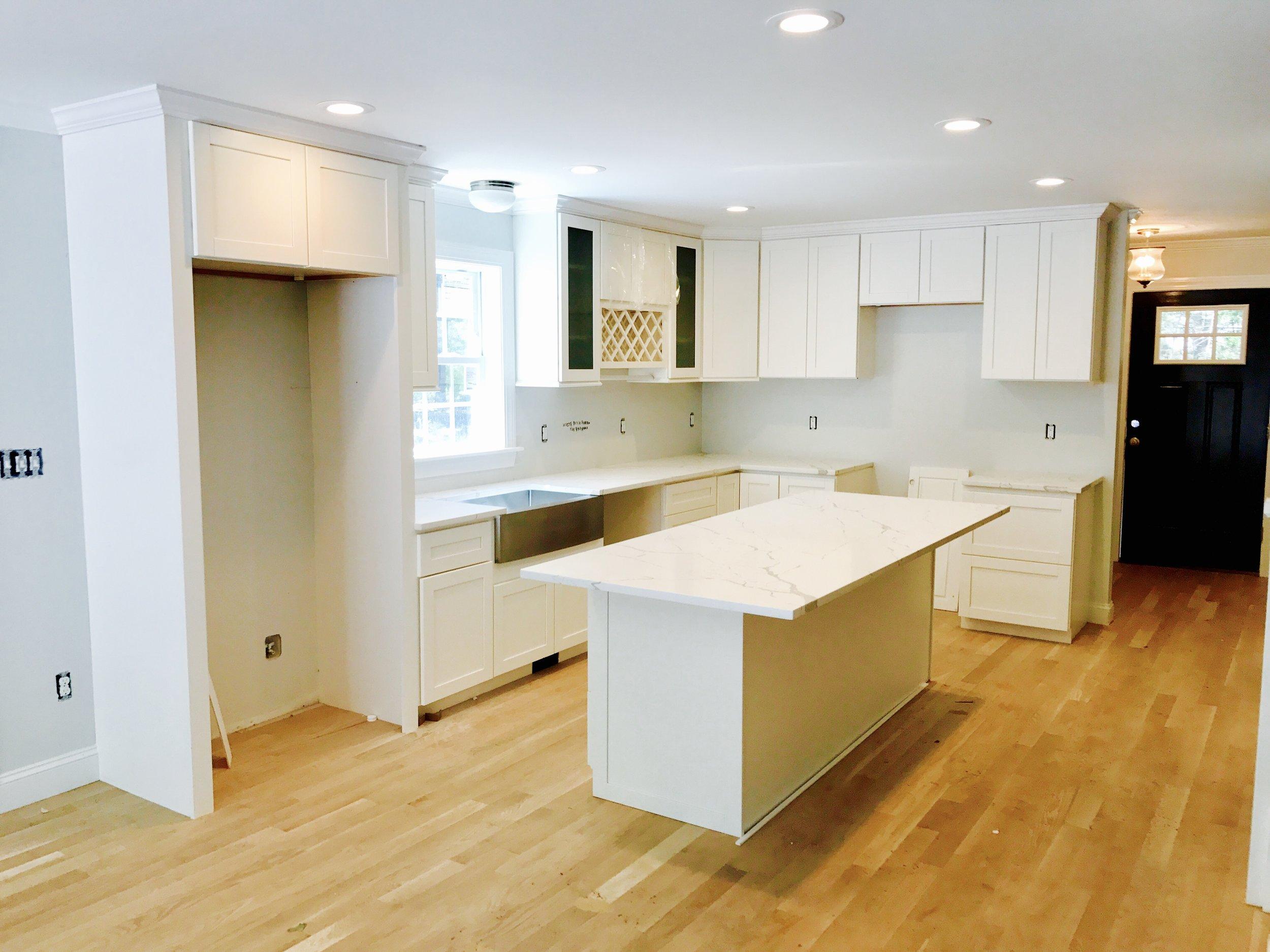 35 laurel 7-19-18 kitchen .jpg