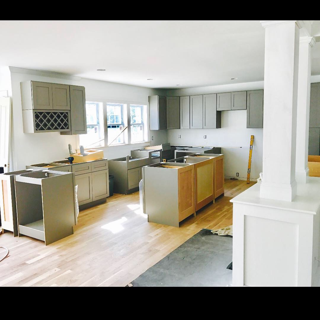 16 Center Hill Rd kitchen pic 9-5-18.JPG