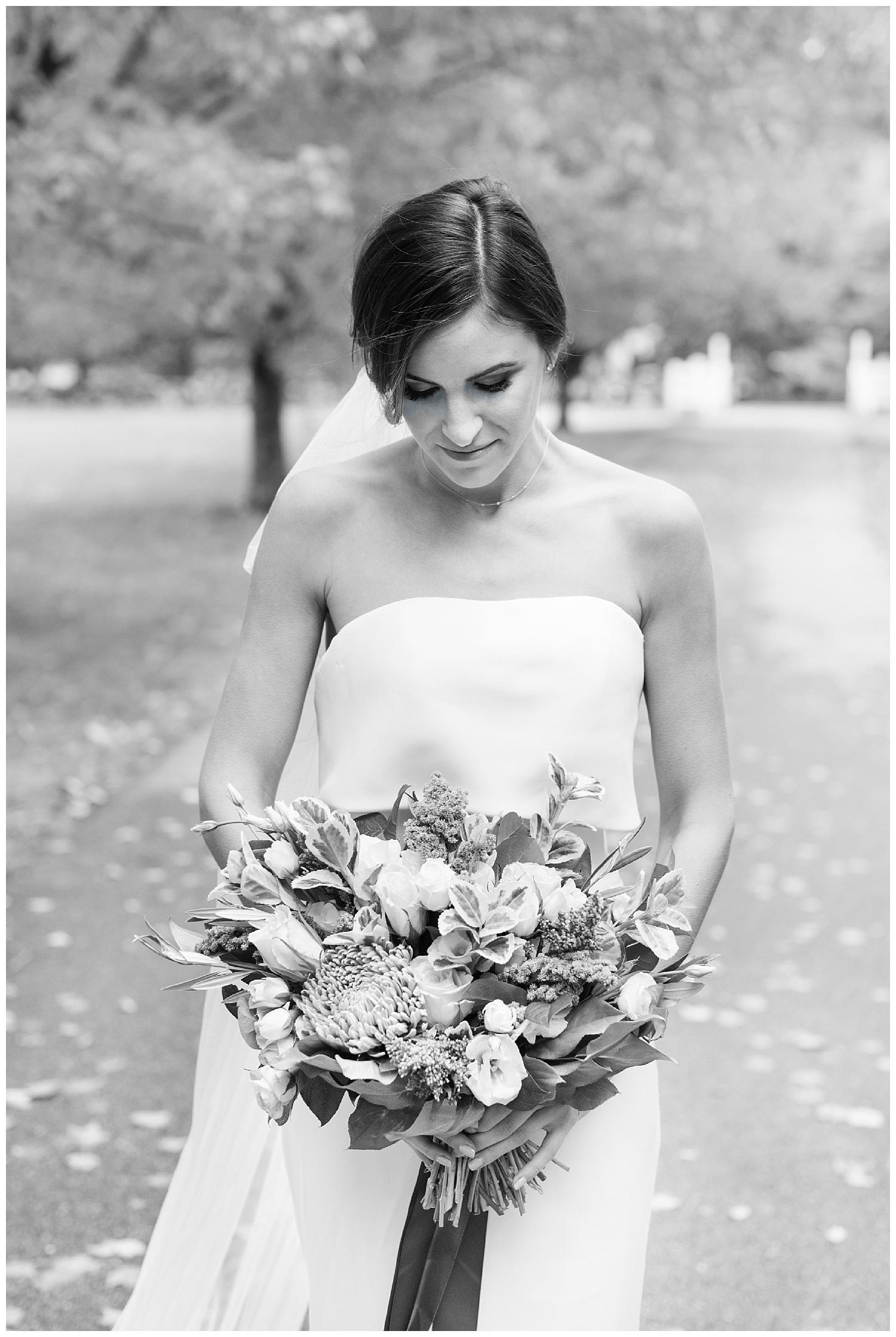 pompositticut-farm-fall-wedding-photography-hudson-massachusetts-photo-12.jpg