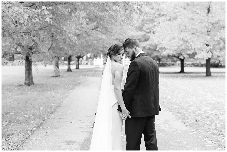 pompositticut-farm-fall-wedding-photography-hudson-massachusetts-photo-14.jpg