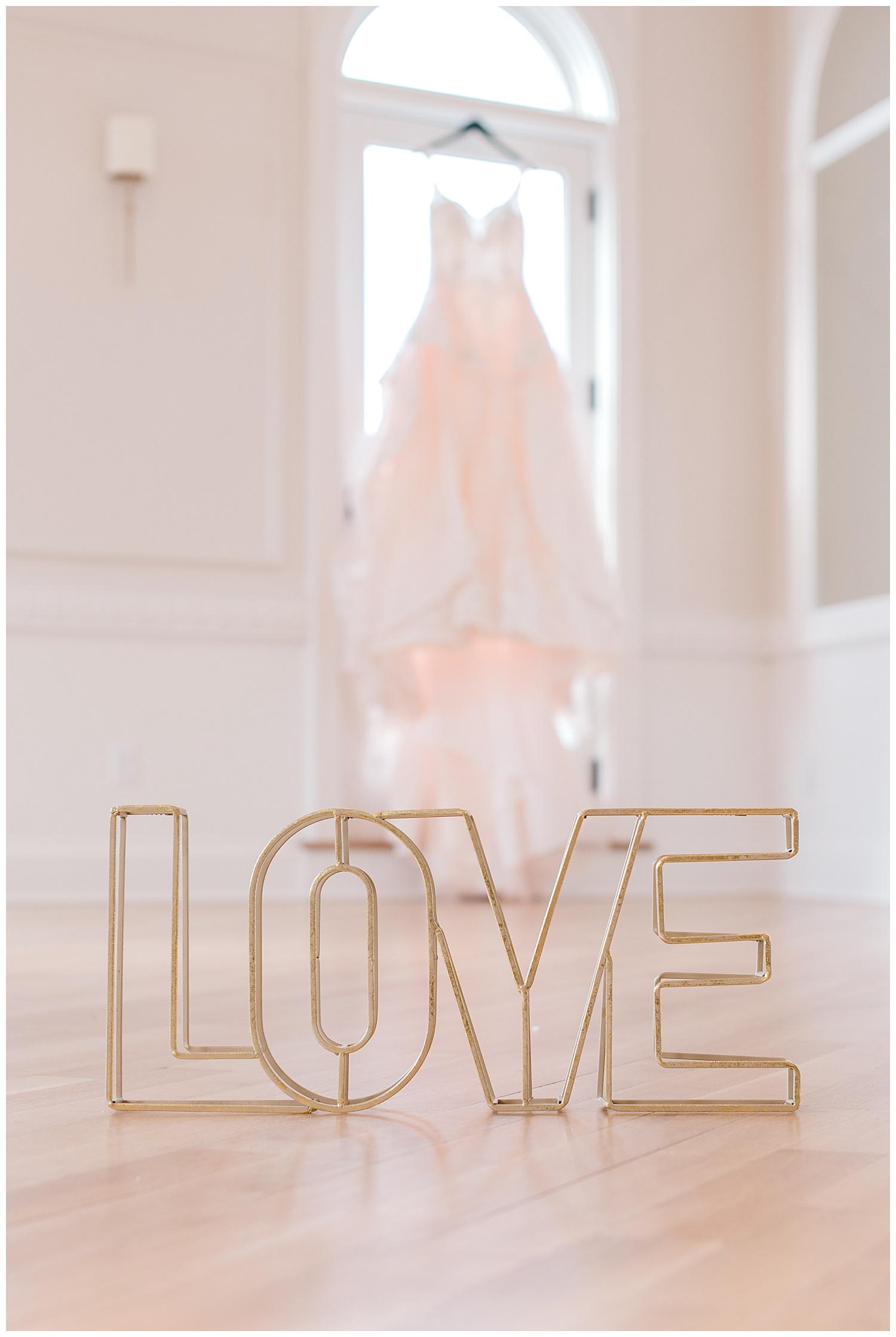 valentines-day-galentines-newport-wedding-photography-queen-annes-loft.-13.jpg