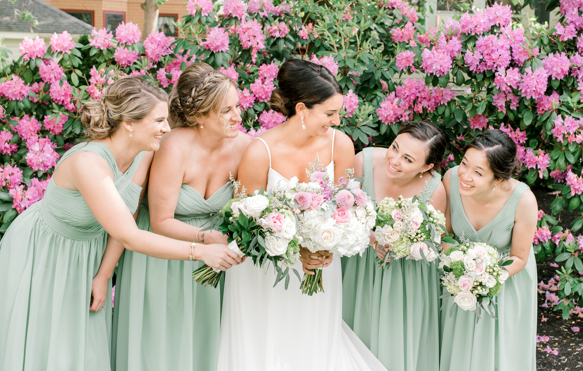 Newport-RI-wedding-photographer-bridal-party-1.png