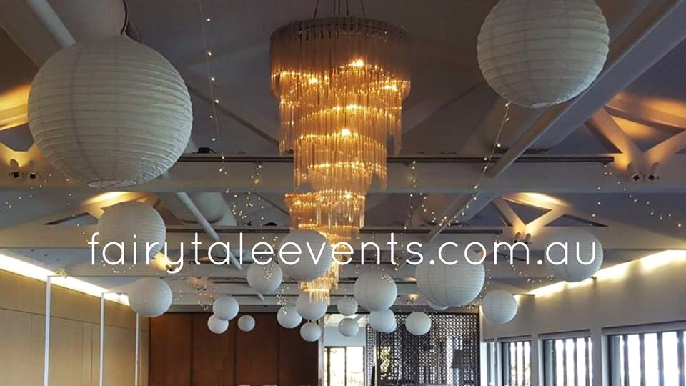 Fairy lights accompanied by giant lanterns by Fairytale Events - Sergeants Mess