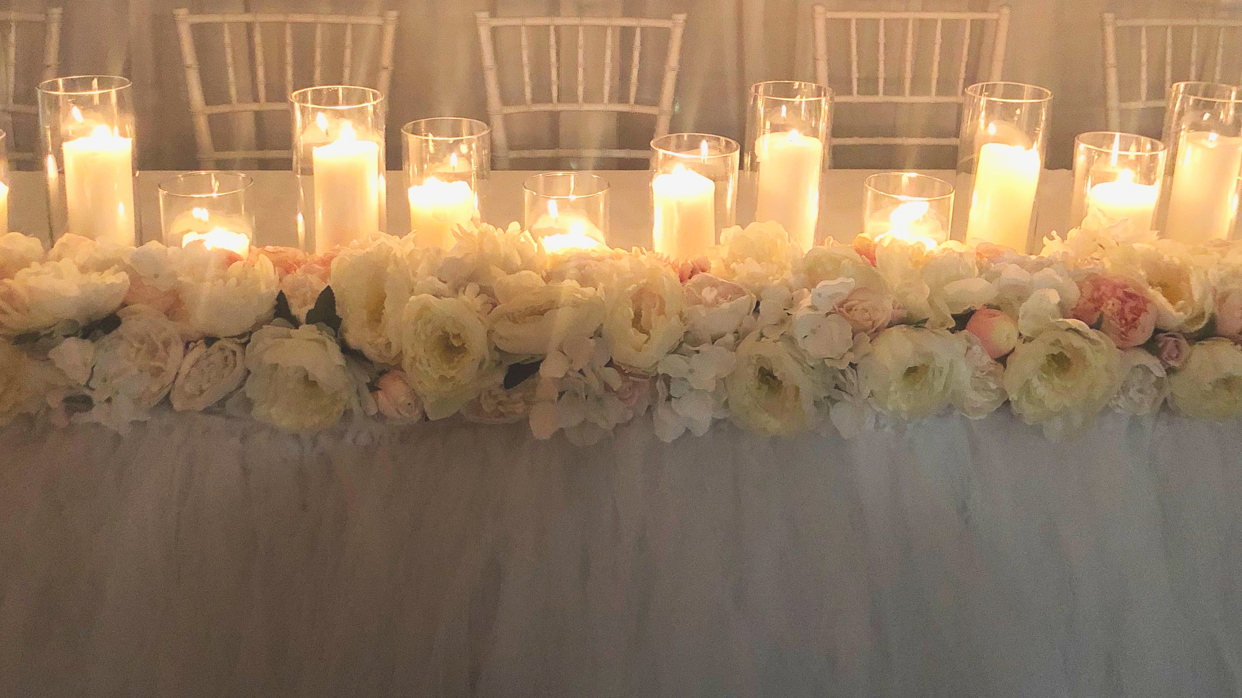 Standard Juliet bridal table decor including pillar candle upgrade