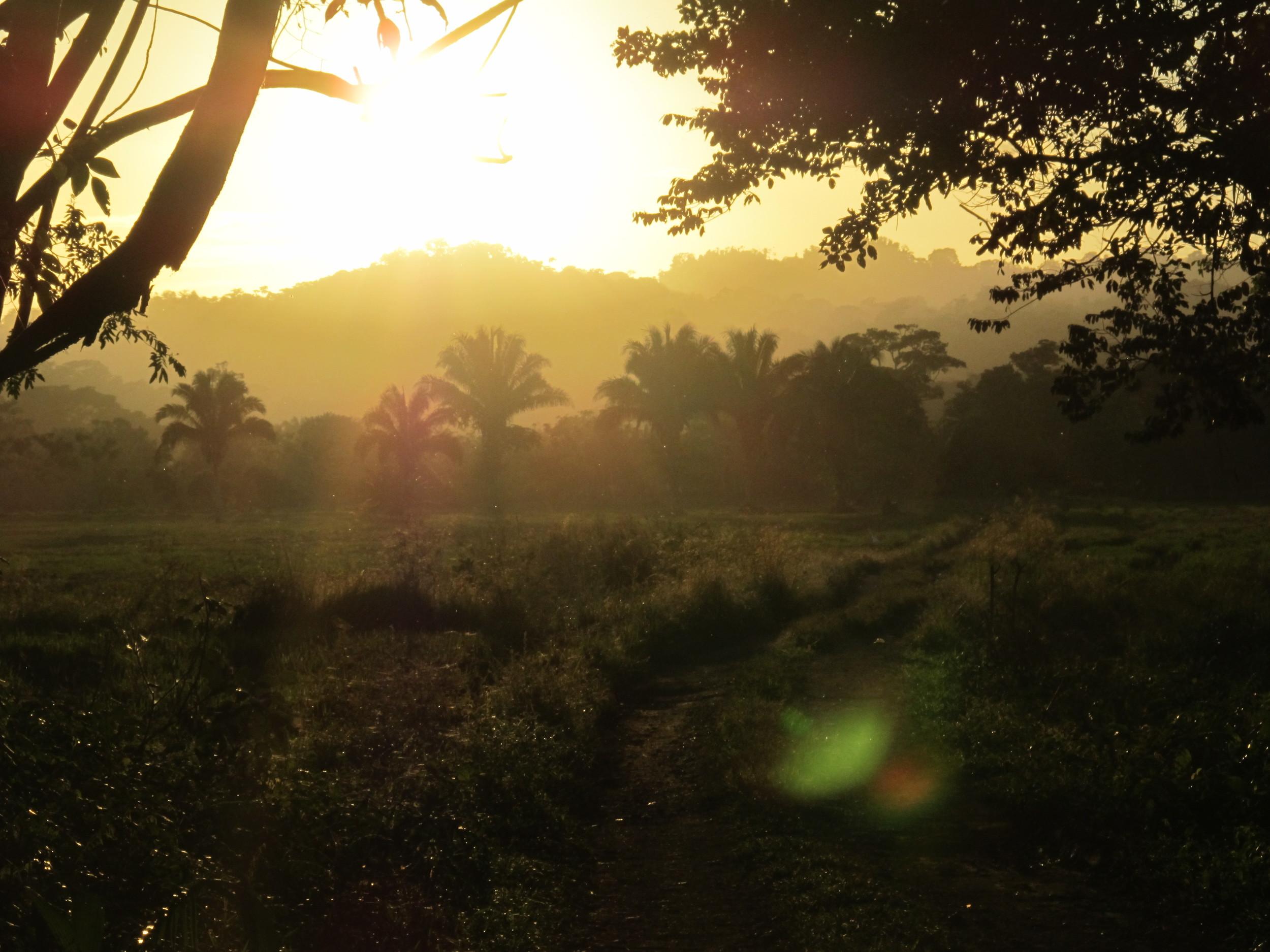 costa rica sunrise.JPG
