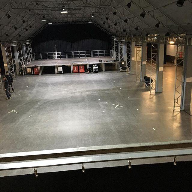 Noch ist die @tonhalle_muenchen leer, gut 7 Stunden haben wir noch #craftbeer #muenchen #cbfm #craftbier #cbfm2019