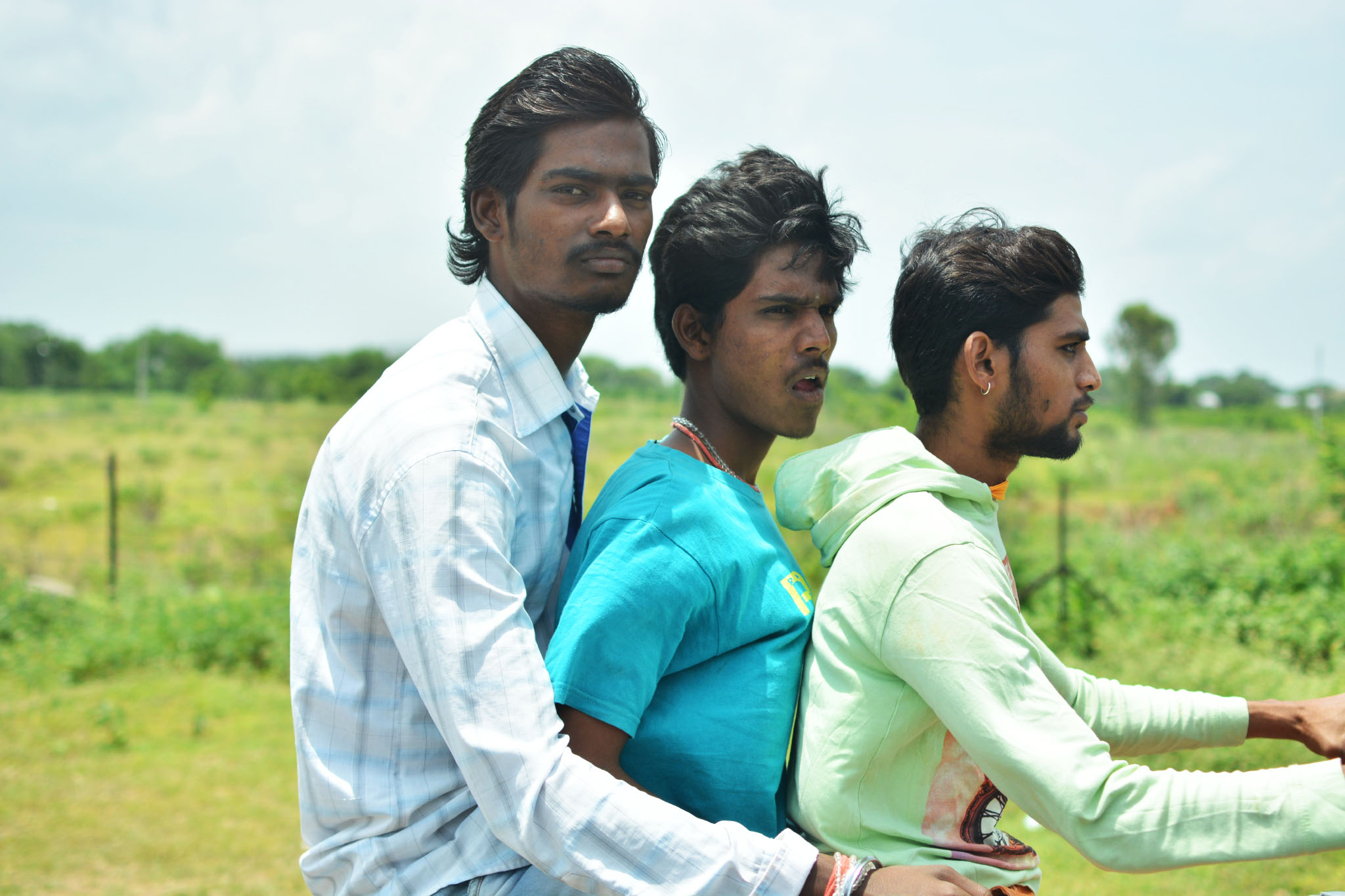 india - boyz on moped.jpg
