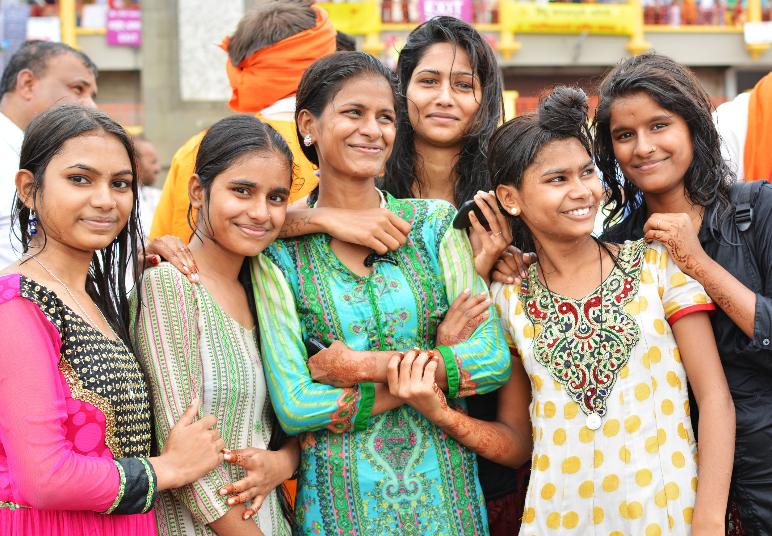 indian girls.jpg