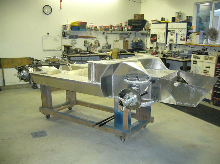 01_bare_chassis