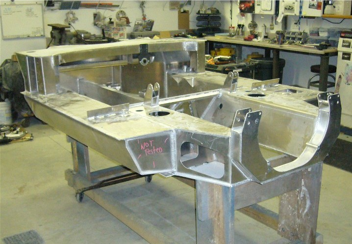 02_bare_chassis