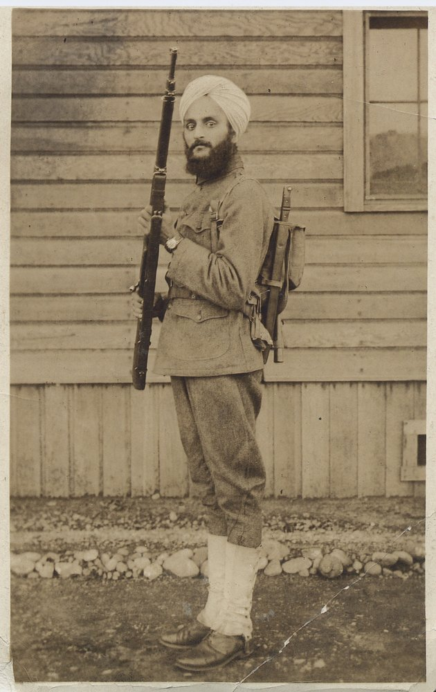 Bhagat Singh Thind in uniform, 1918.