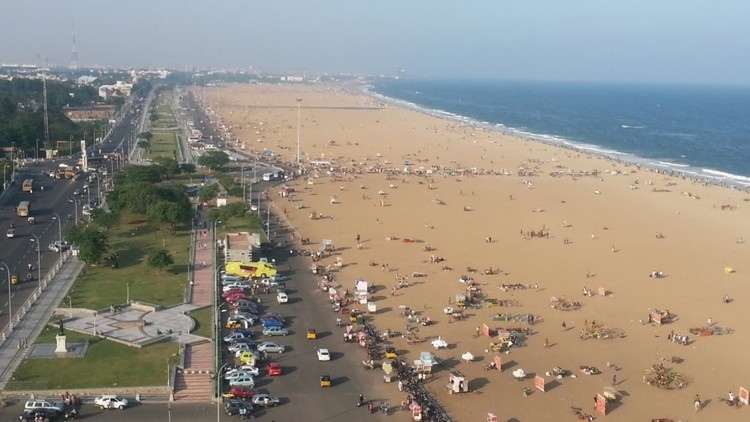 Chennai Marina beach as seen from the lighthouse.