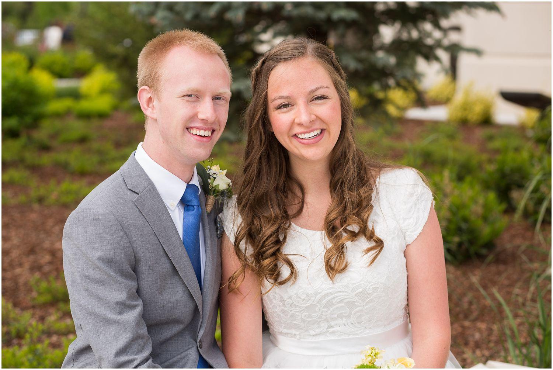Wedding Photography_Meridian Idaho Temple_Boise Idaho_Spring_Tulips_Leah Southwick Photography_0010.jpg
