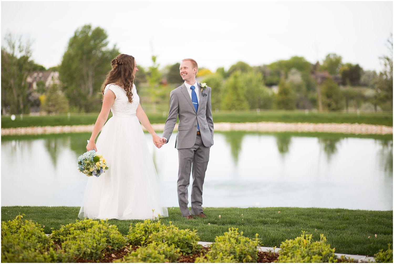 Wedding Photography_Meridian Idaho Temple_Boise Idaho_Spring_Tulips_Leah Southwick Photography_0016.jpg