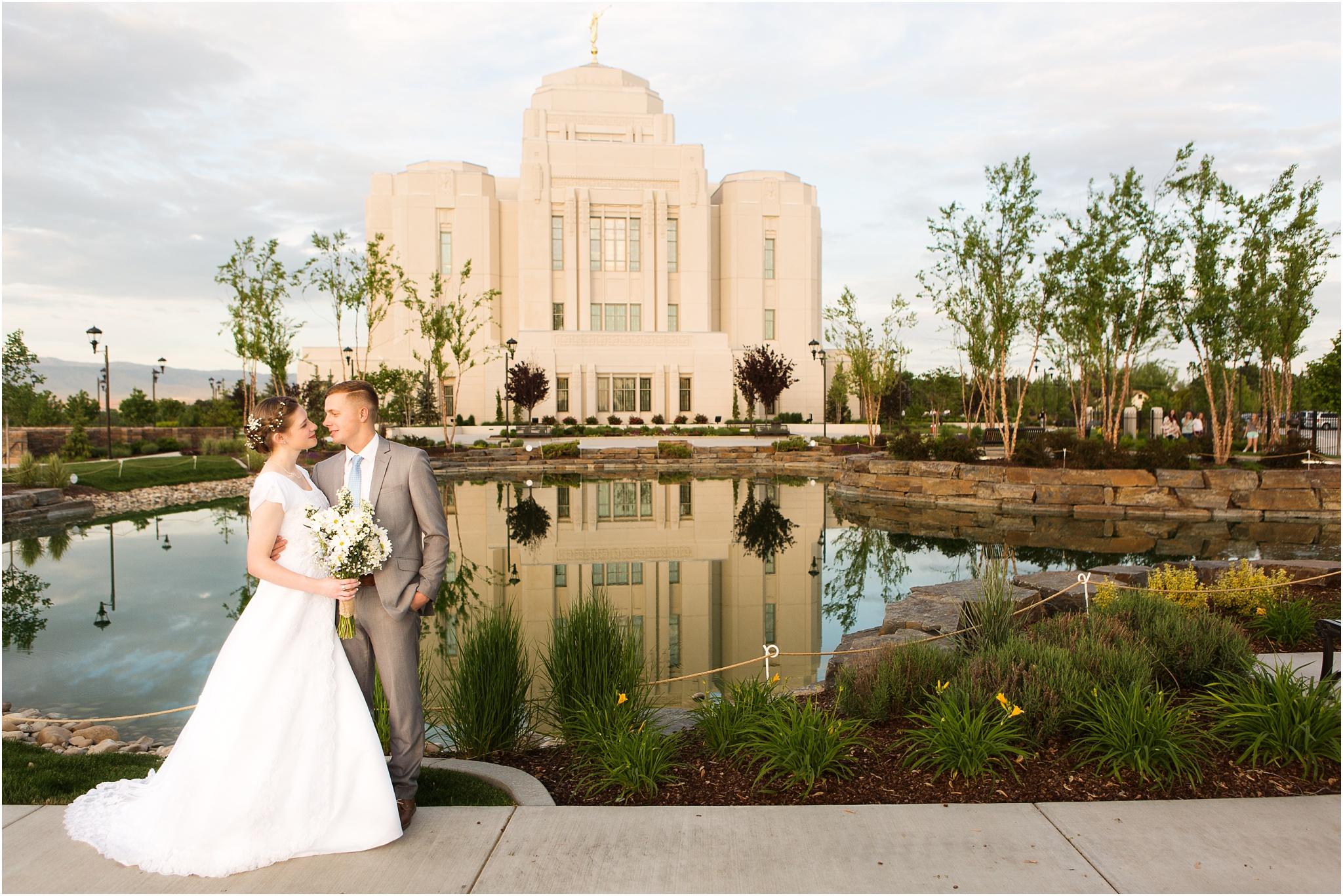 Wedding Photography_Meridian Idaho Temple_Boise Idaho_Leah Southwick Photography_0030.jpg