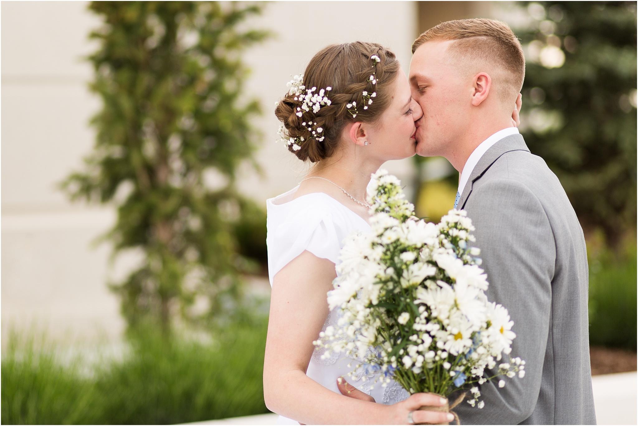Wedding Photography_Meridian Idaho Temple_Boise Idaho_Leah Southwick Photography_0035.jpg