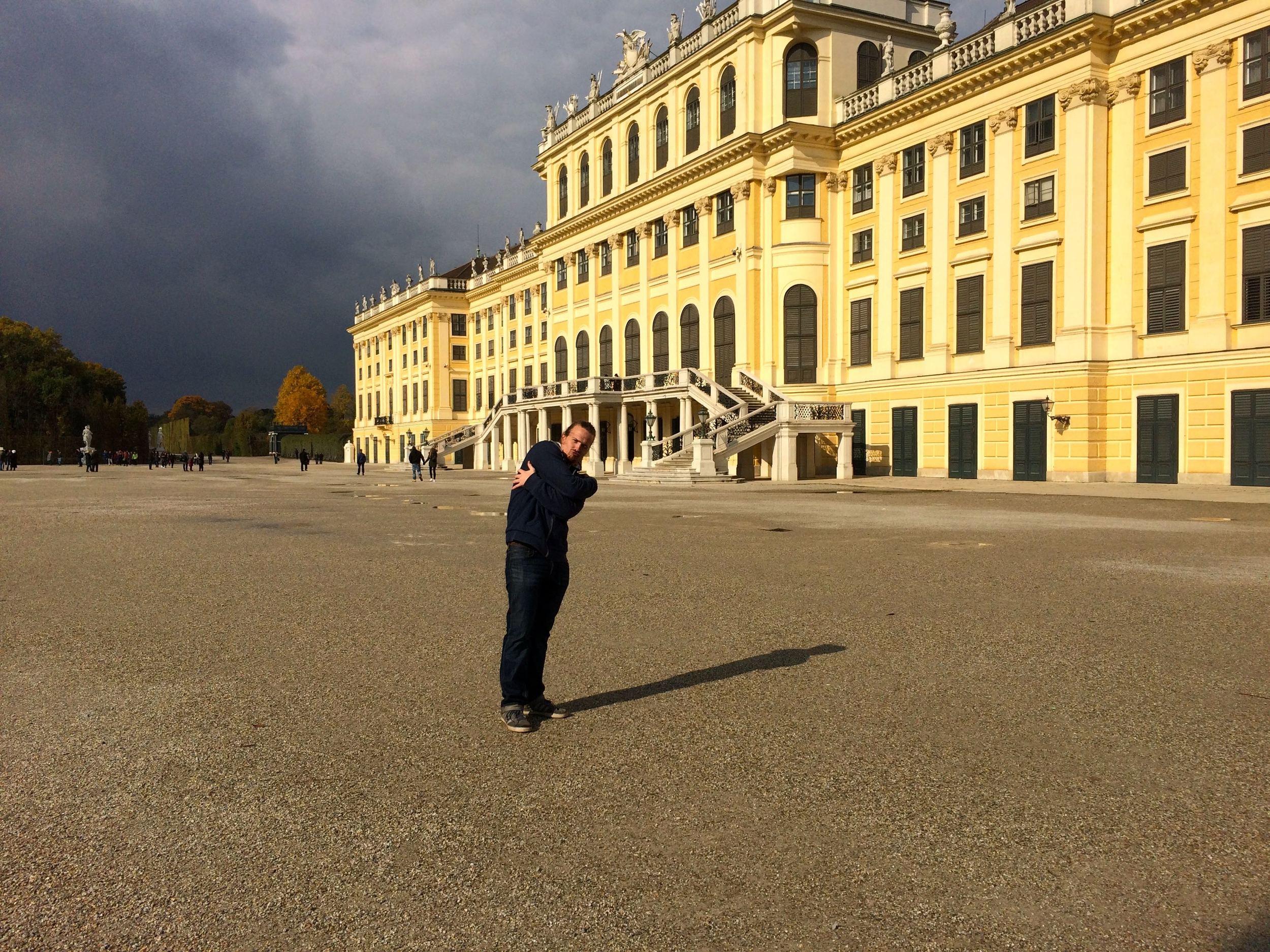 B-boyin' at the Schönbrunn.