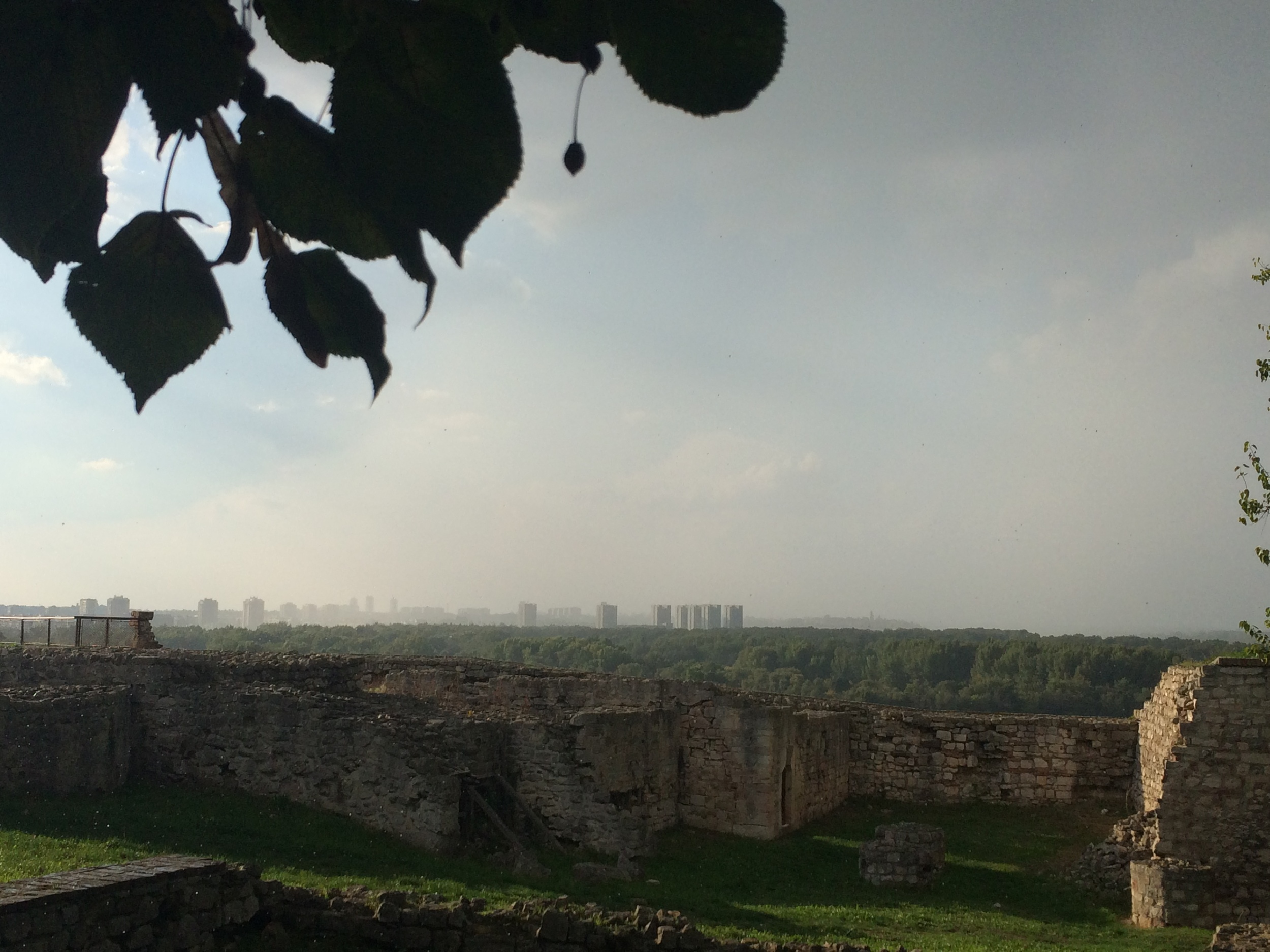 Full disclosure: this picture is from an earlier Kalemegdan excursion. It was just too good of a pic to waste.