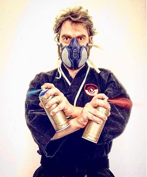 Portrett Forberg med spraylakk.jpg