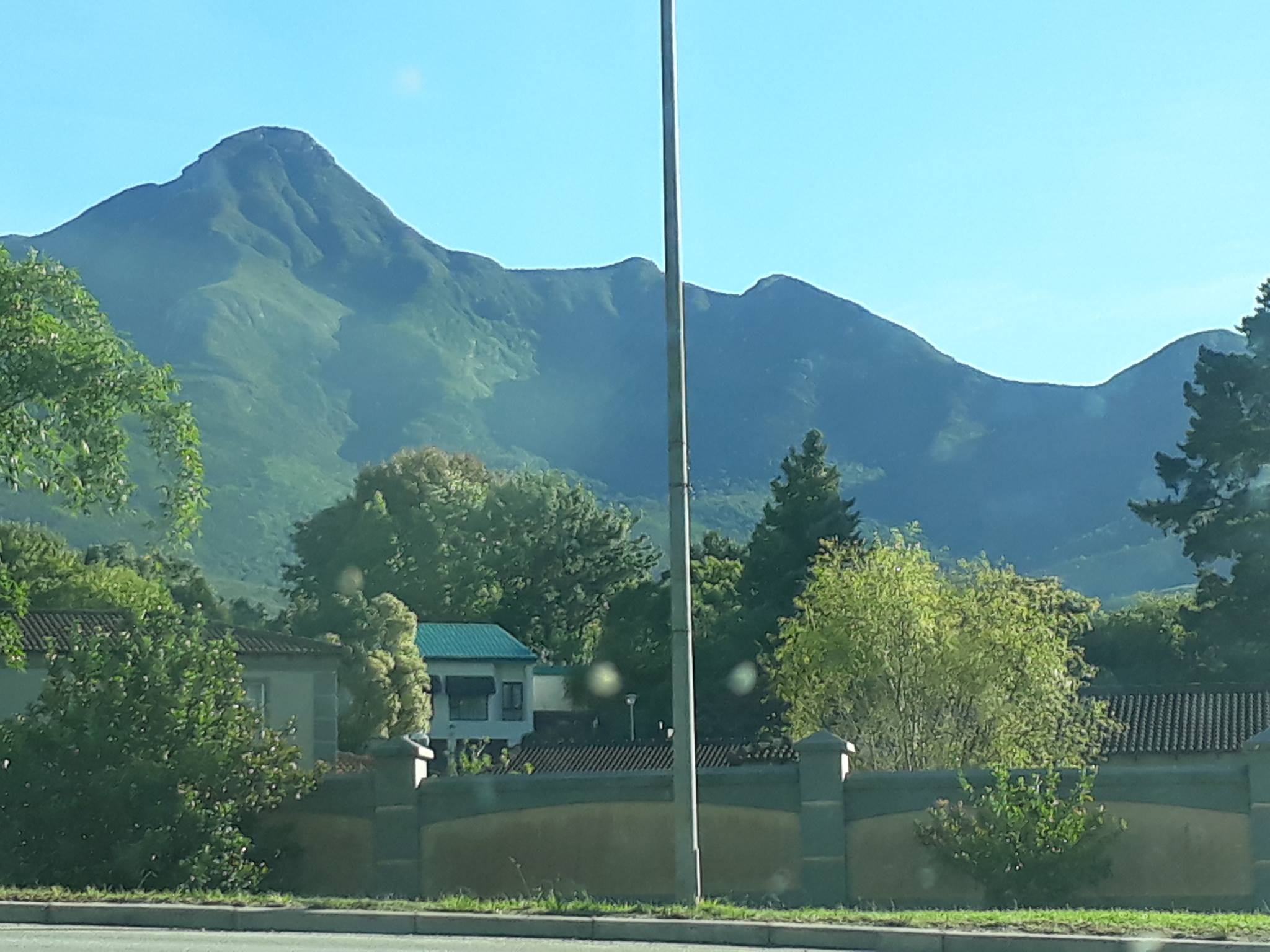 The stunning beautiful mountain and sunny day that greeted me as I drove out of the hospital.