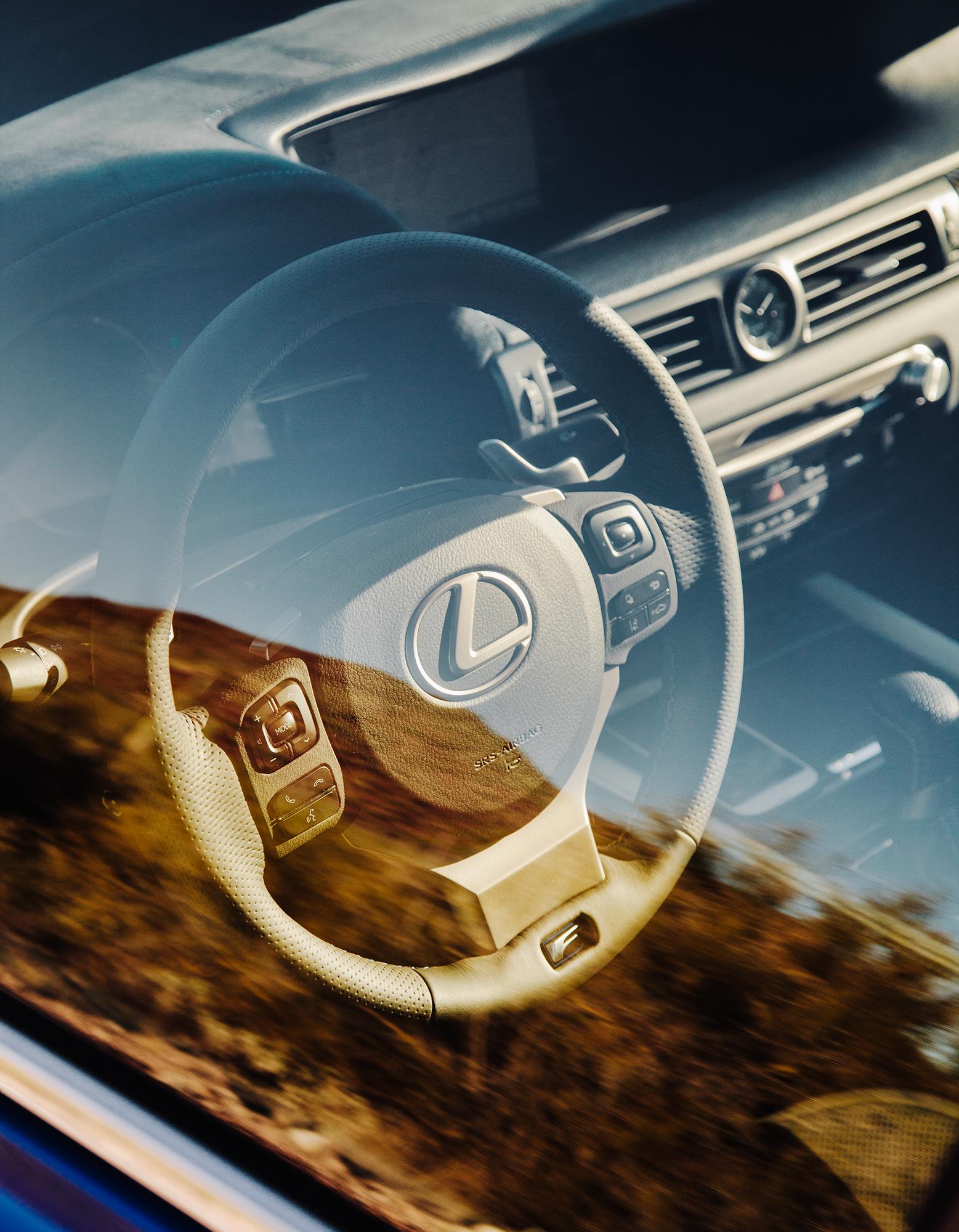 Lexus_Reveal_Details_SteeringWheel_079.jpg