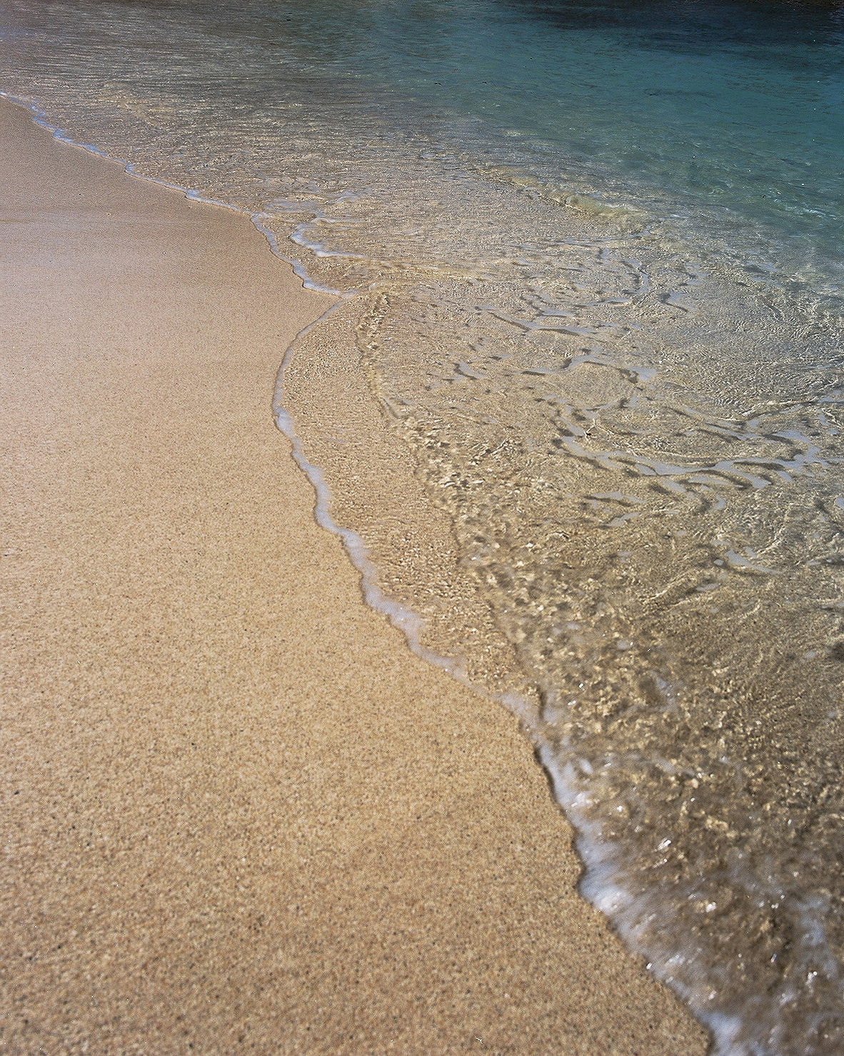 e0d90188c55c7e0c-beach.jpg