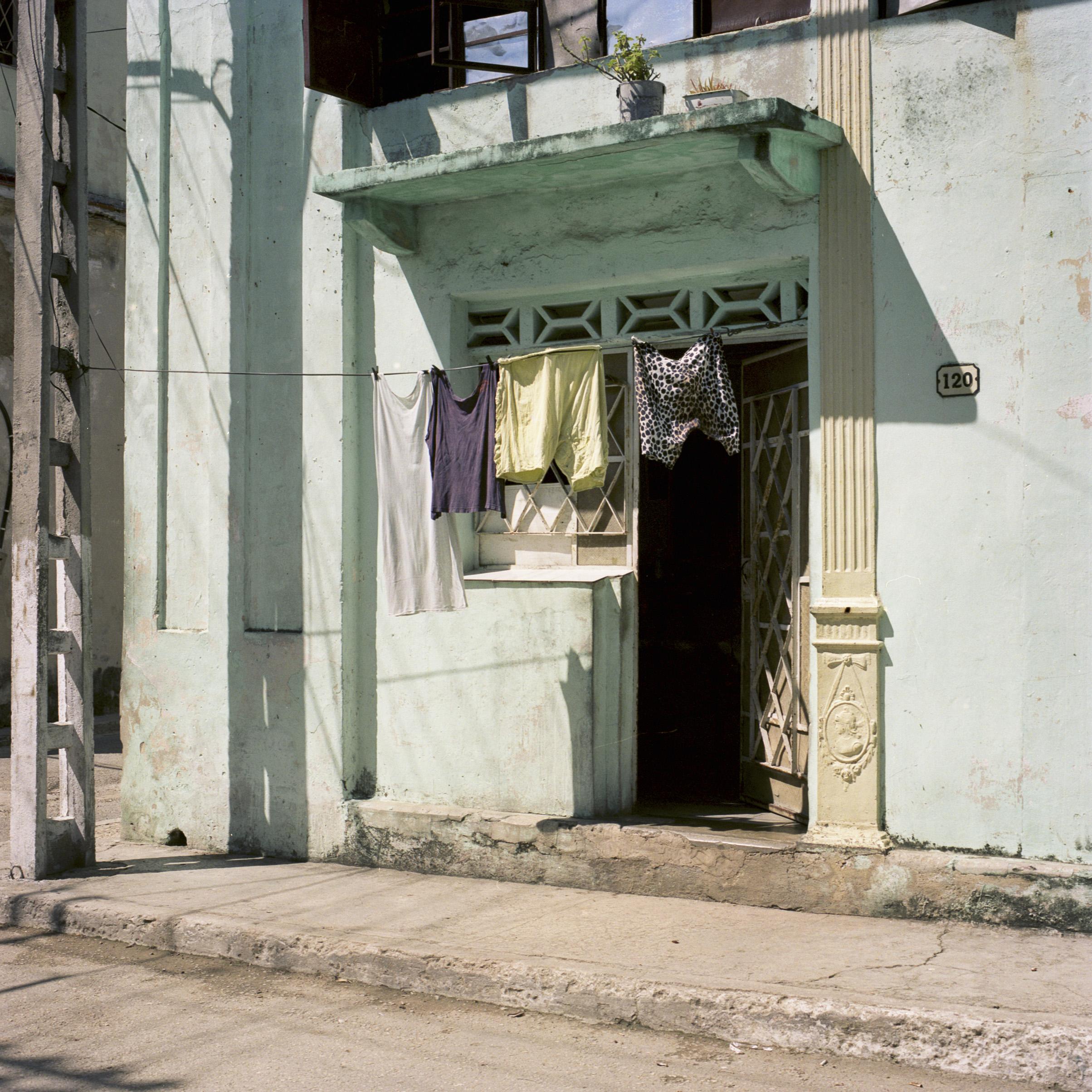 clothes002.jpg