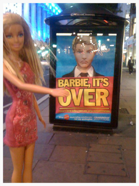 """DOLLY & KEN - """"When it was over"""". Advert just front of Selfridges London."""