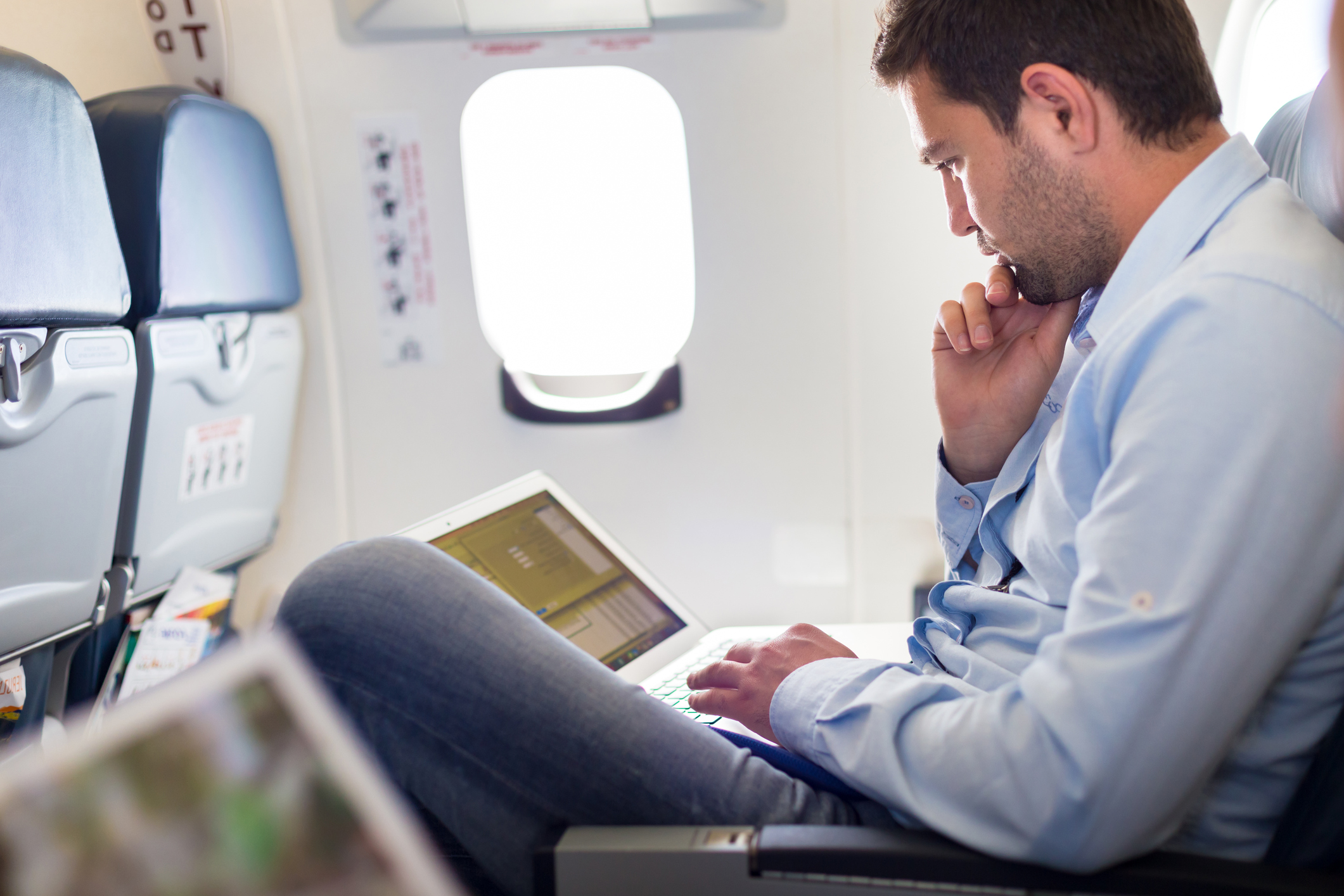 Measures to protect your data from cyber criminals during travel
