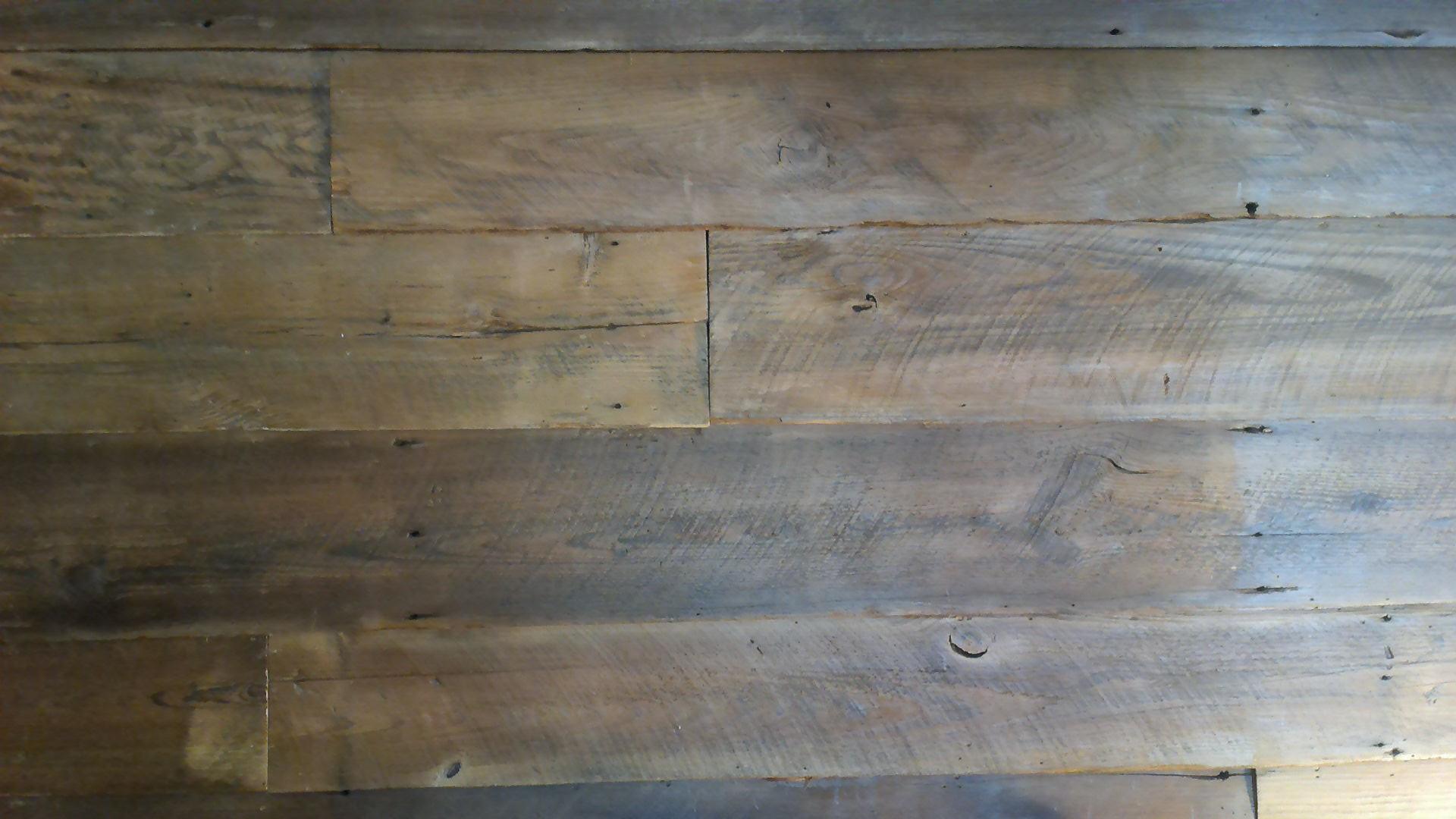 Kiln Dried Hart Pine Clad Wall