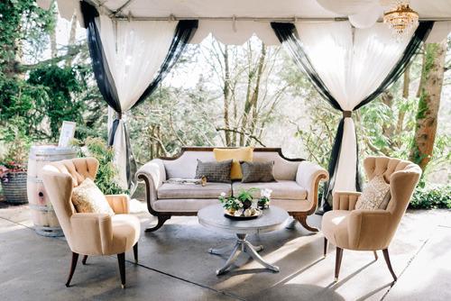jm+cellars+outdoor+vintage+lounge+furniture_jennifer+tia+photo+artistry.jpg