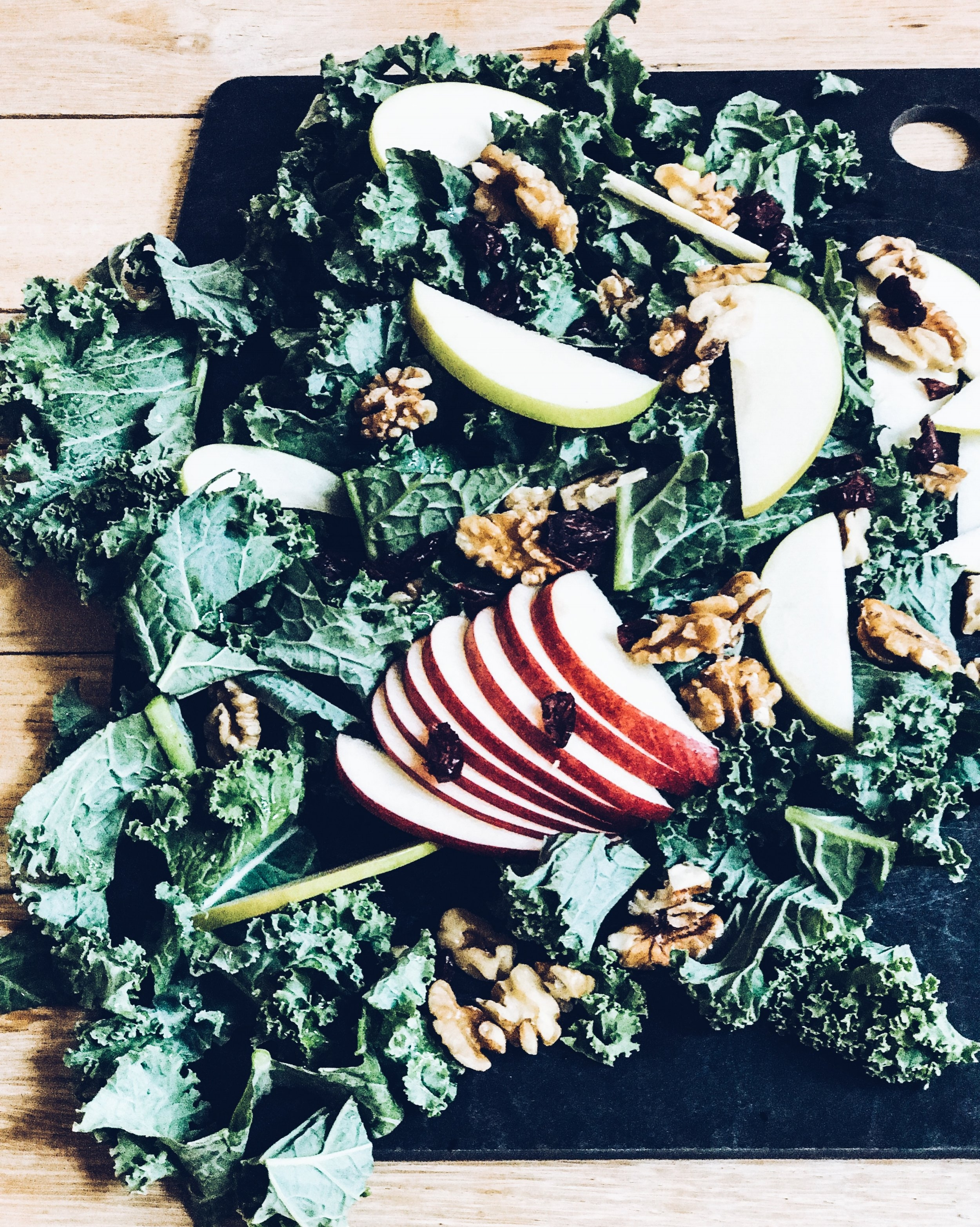 Tuscan Kale and Apple Salad. Oprah Cookbook: Food, Health, and Happiness.