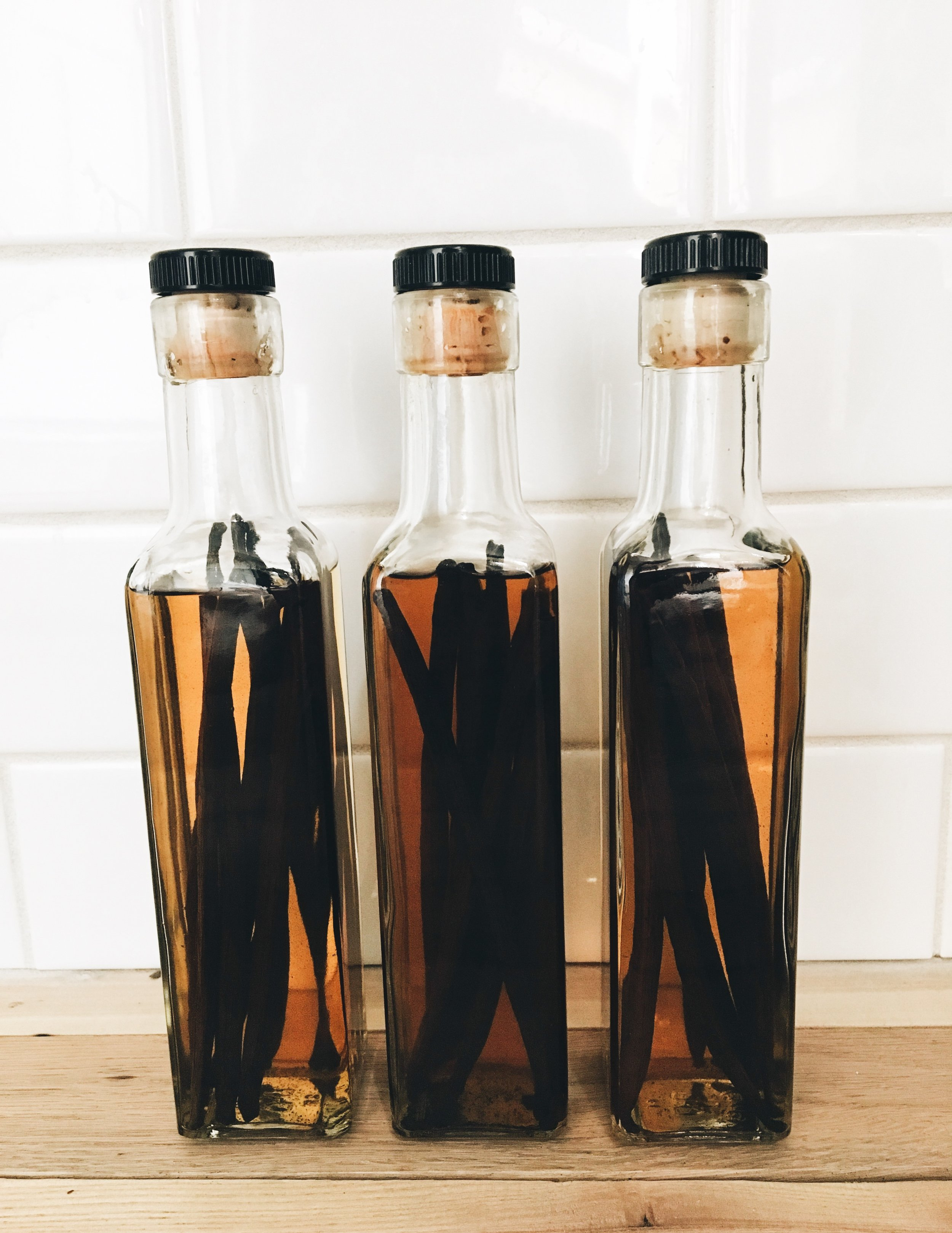 How To Make Your Own Vanilla Bean Extract - Vanilla After 4 Weeks