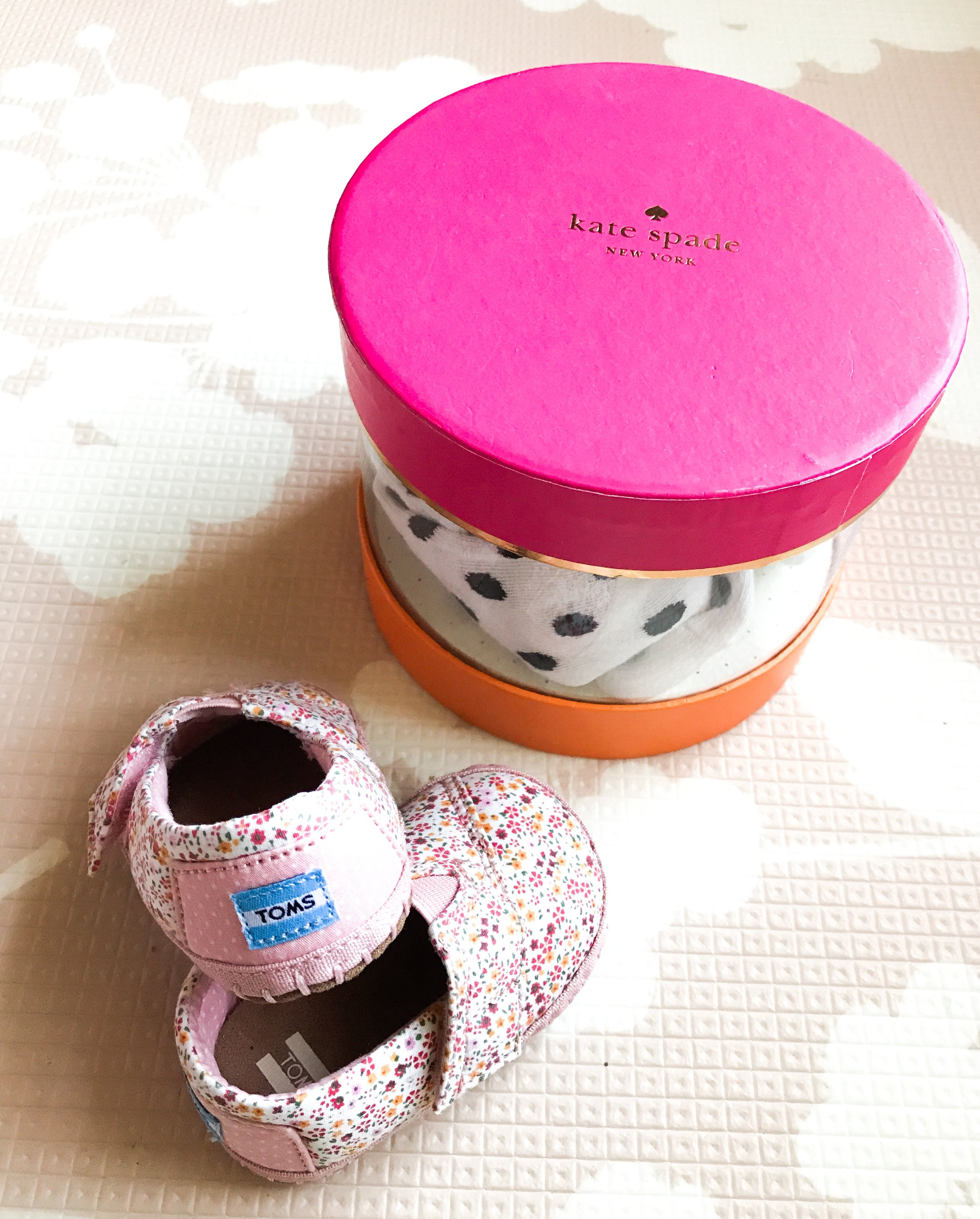 Preparing for a baby girl. 34 Week Bumpdate.