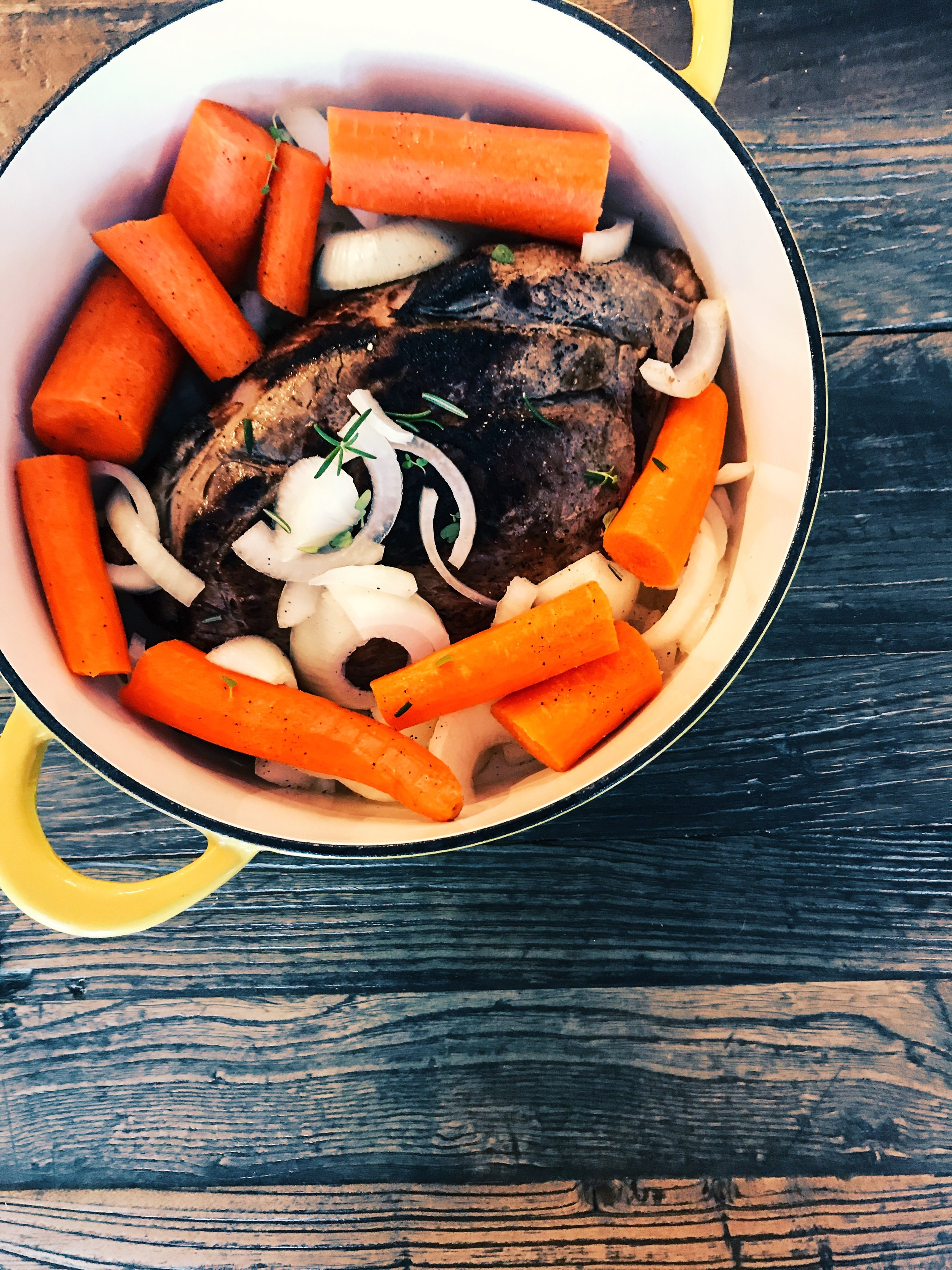 Easy Oven Pot Roast With Onions And Carrots