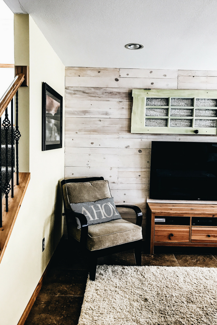 Lake House Living Room Decor. White Pine Wooden Wall.