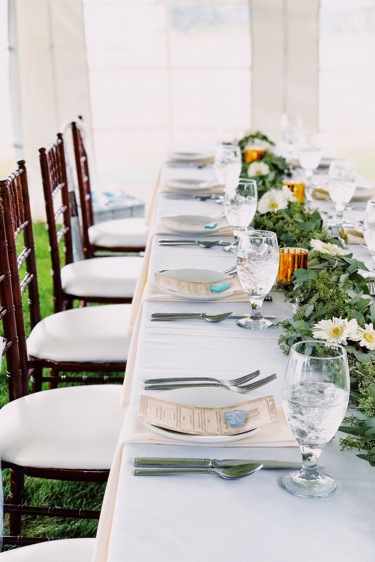 Elegant Beach Wedding Table Decor. How To Have A Gorgeous Beach Wedding In The Midwest.