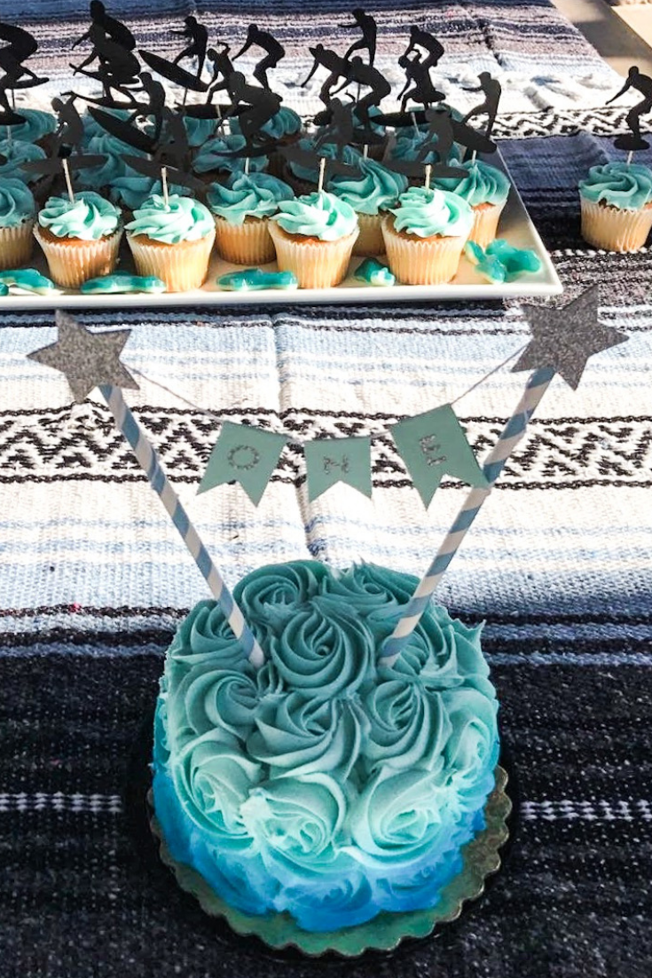 Surfer Themed Birthday Party Dessert Ideas. Beach Themed Cake Ideas. Southern California Party Decor. Surfer cake and cupcake ideas. Ocean themed dessert table. Surfer first birthday party. Surfboard Cake Ideas. Surfboard cupcakes. #surfer #birthday #cake #surfboard